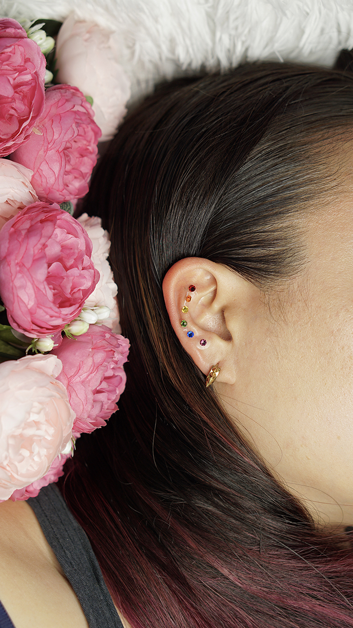 Emily_Grace_Acupuncture_Ear_Seeds_03.jpg