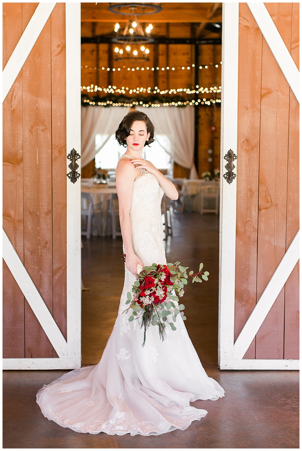 9_Oaks_Farm_Monroe_Ga_Wedding_Photograpehrs_0006.jpg