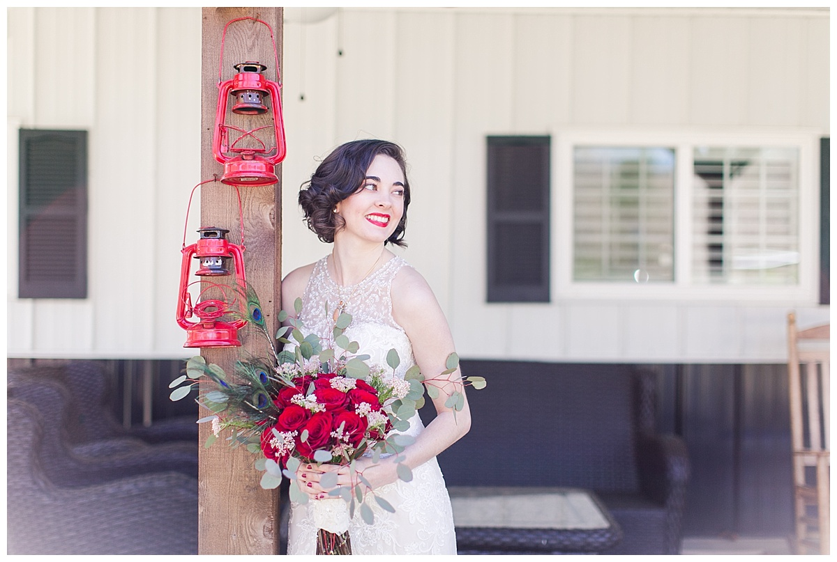 9_Oaks_Farm_The_Warehouse_Monroe_Ga_Wedding_Photograpehrs_0006.jpg
