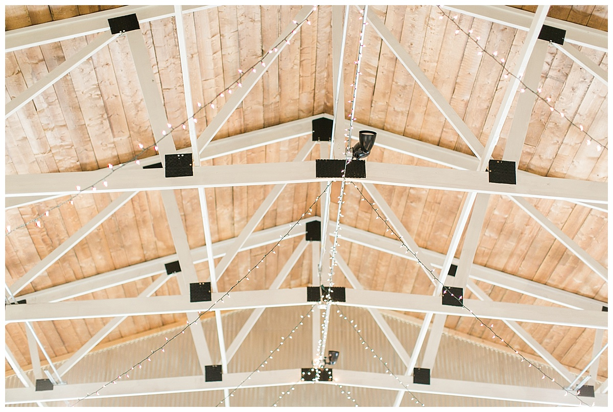 9_Oaks_Farm_The_Warehouse_Monroe_Ga_Wedding_Photograpehrs_0007.jpg