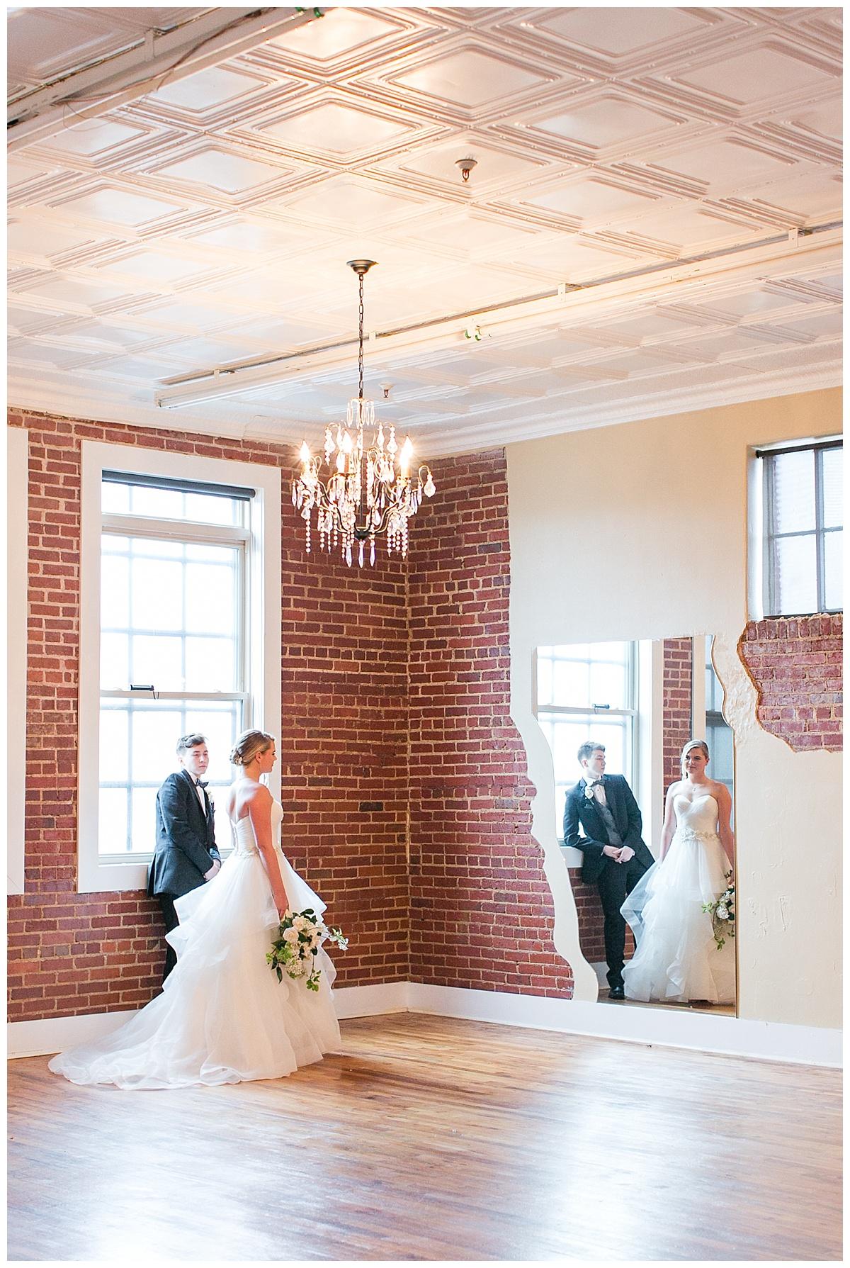 Scott's_Downtown_Monroe_Ga_Wedding_Photograpehrs_0013.jpg