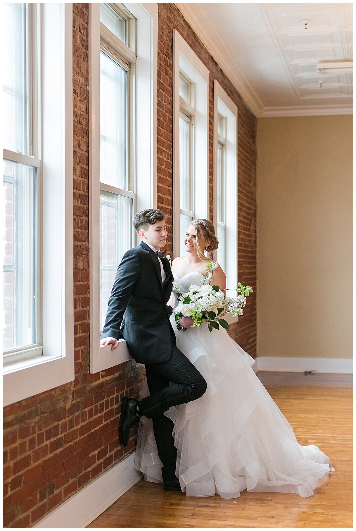 Scott's_Downtown_Monroe_Ga_Wedding_Photograpehrs_0024.jpg