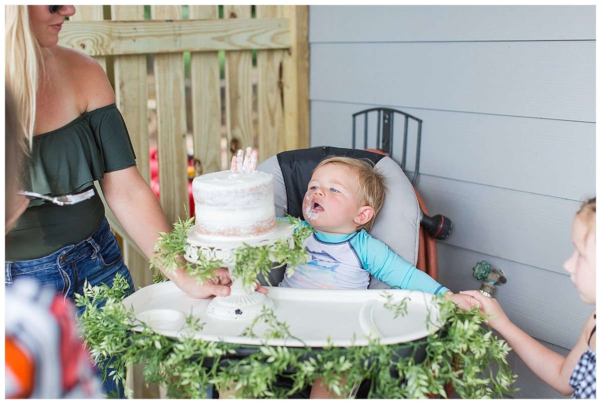 cake_smash_session_monroe_ga_0037-1.jpg