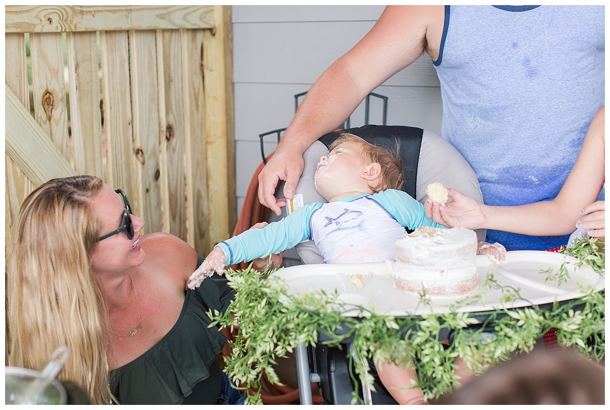 cake_smash_session_monroe_ga_0060-1.jpg