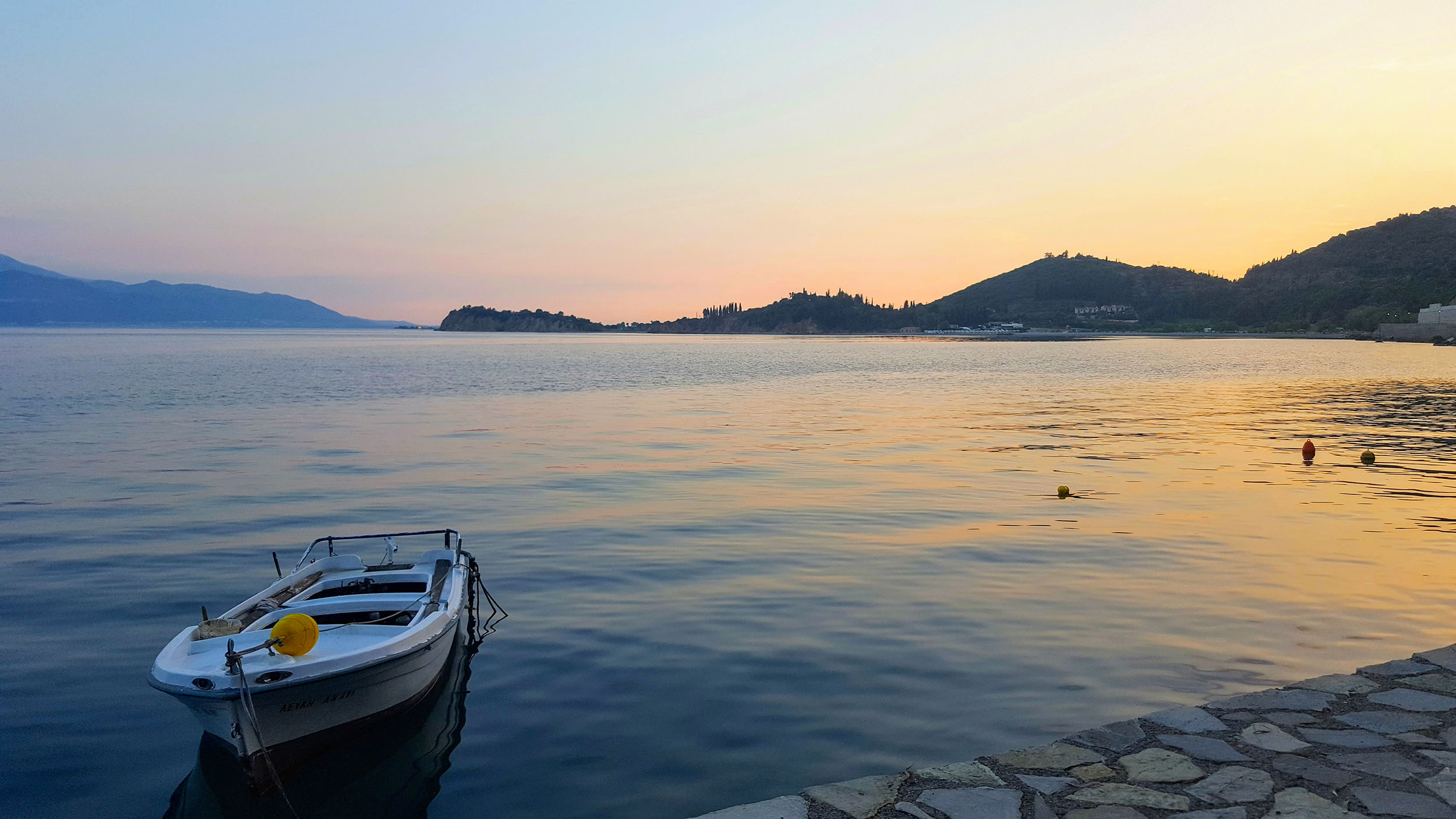 Monistiraki boat and sunset.jpg