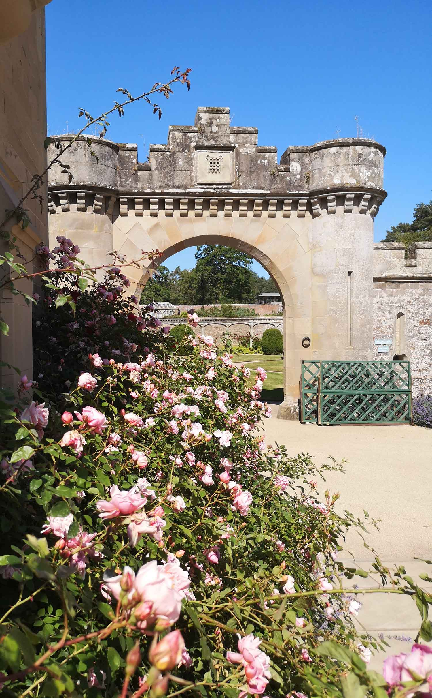 Abbotsford gardens 3.jpg