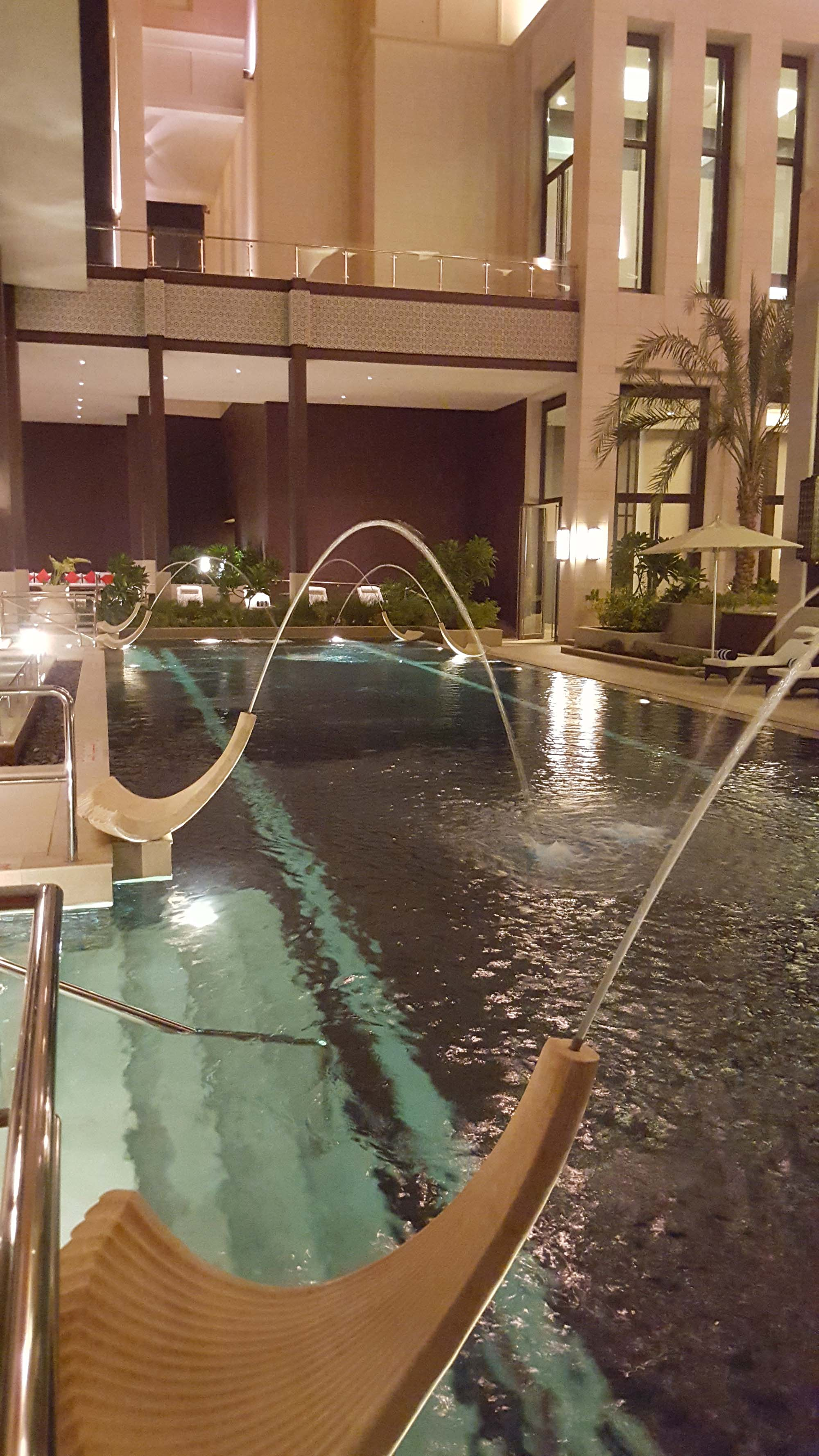 Hormuz Grand pool fountains.jpg