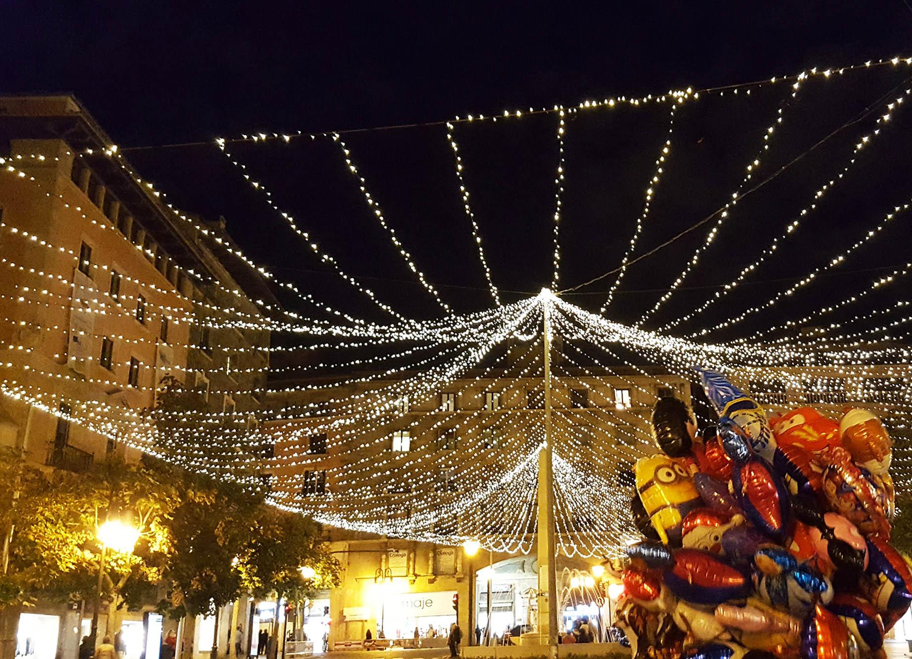 Palma Mallorca Christmas Lights and balloons.jpg
