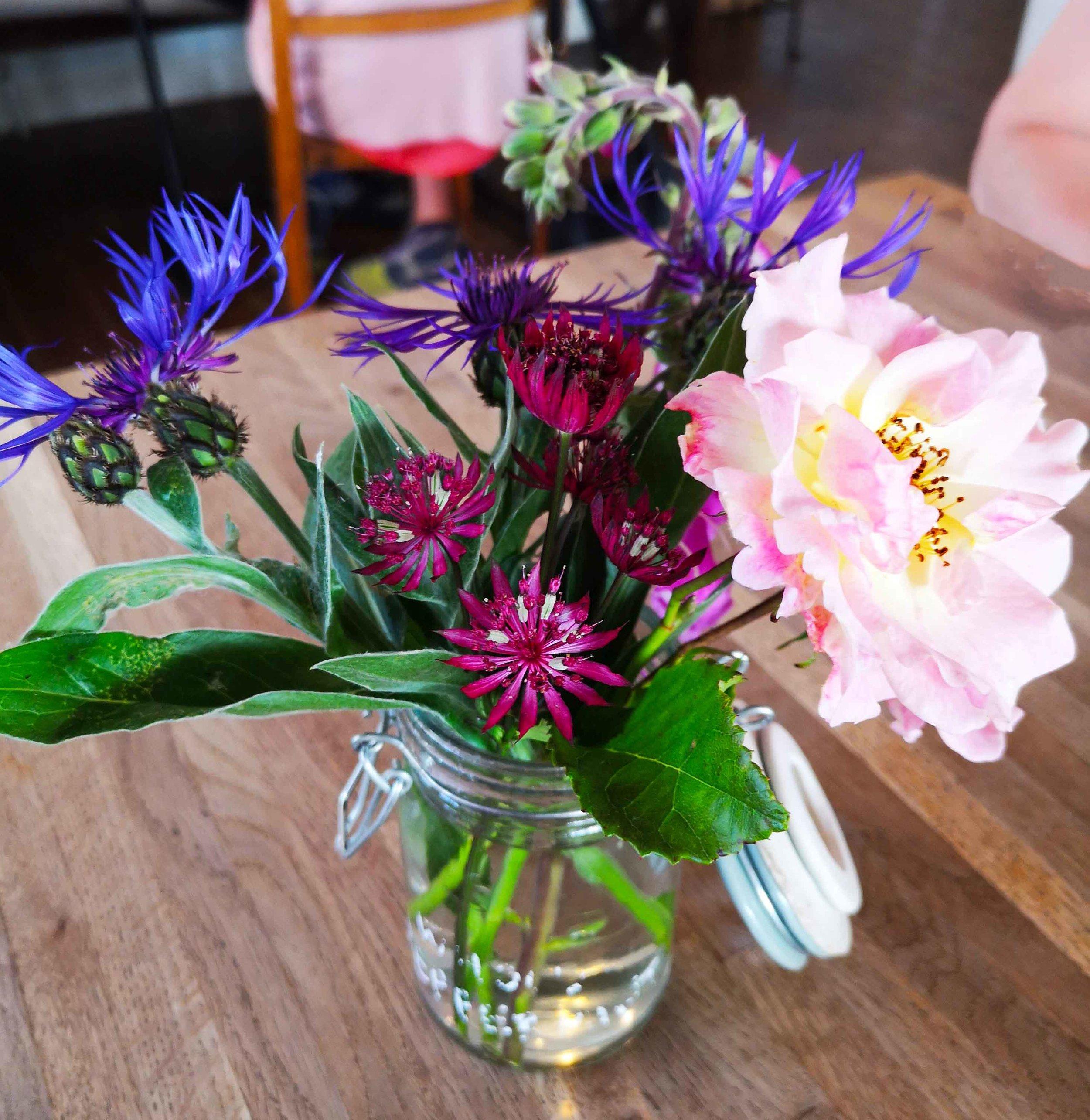 Mainstreet deli flowers.jpg