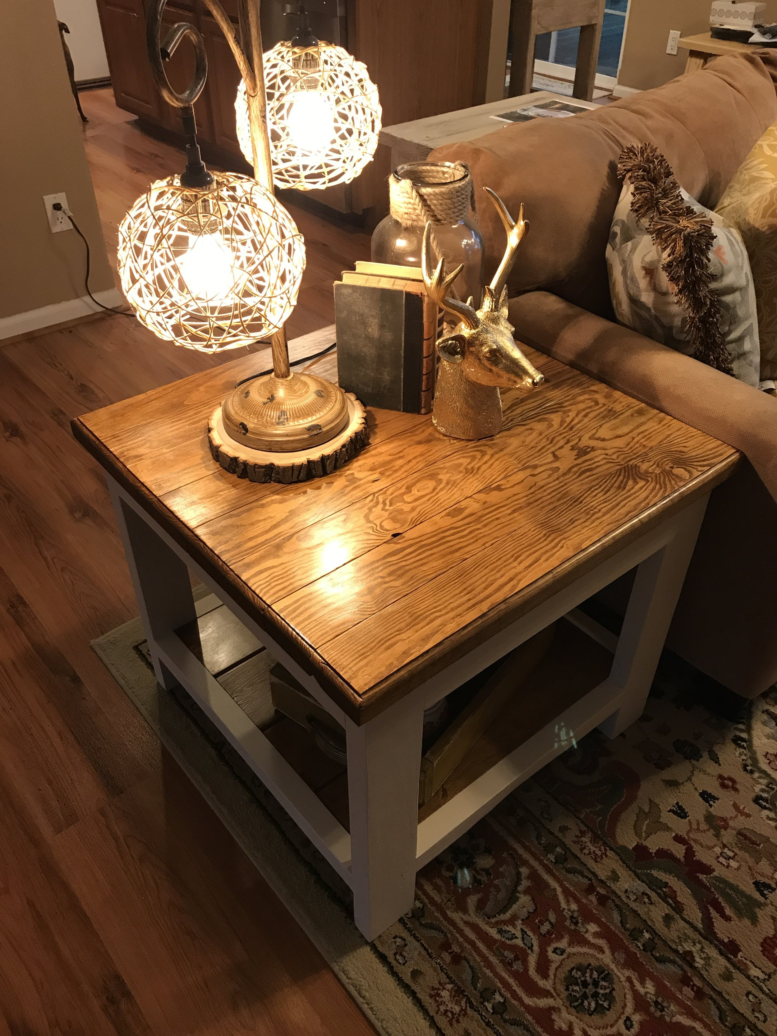 cottage end table.JPG