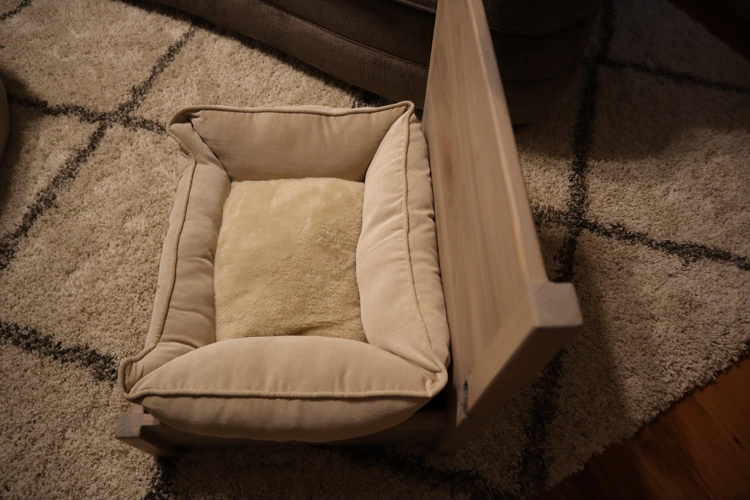 greyhound dog bed.JPG