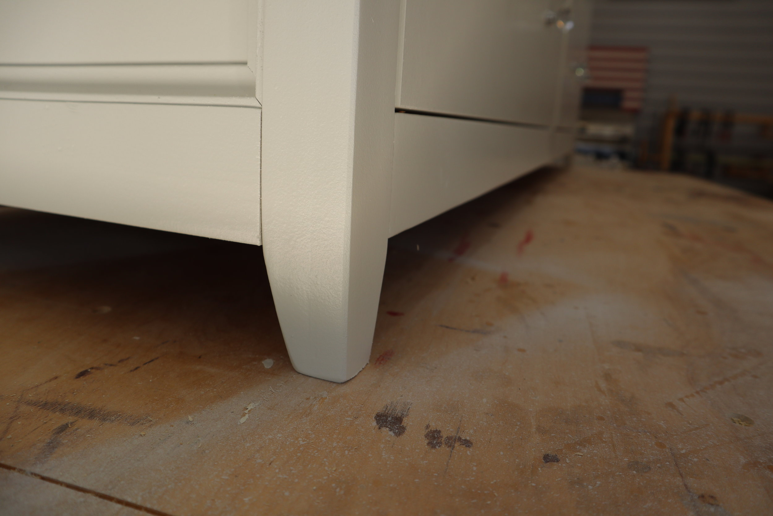 diy tapered dresser legs.JPG