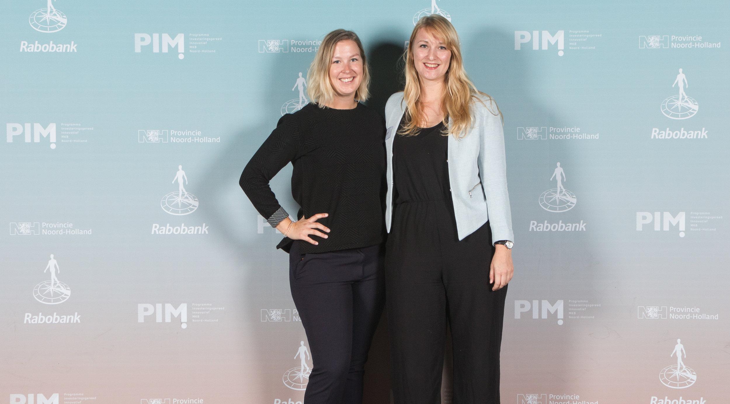 Judith en Eva op de lancering van PIM NH