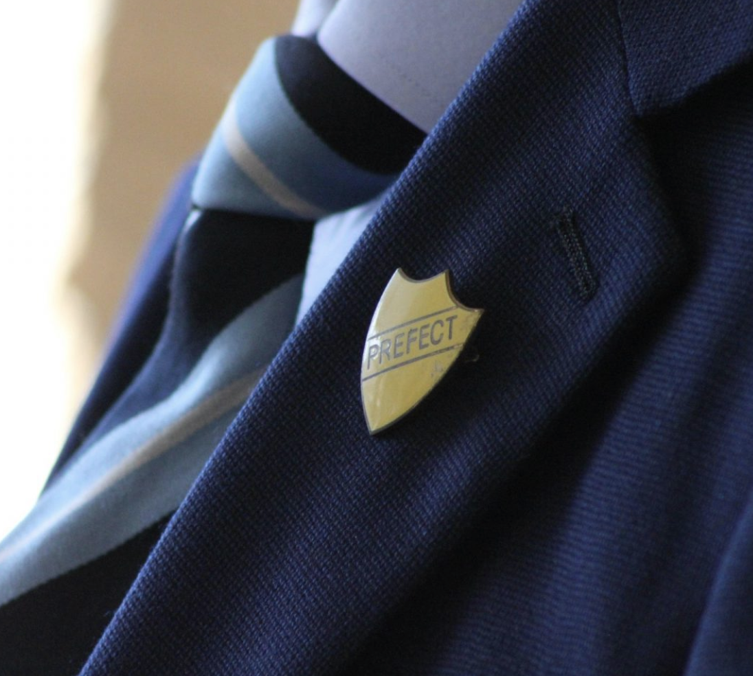 DadblogUK:    Proof that gender neutral school uniform is a bad idea
