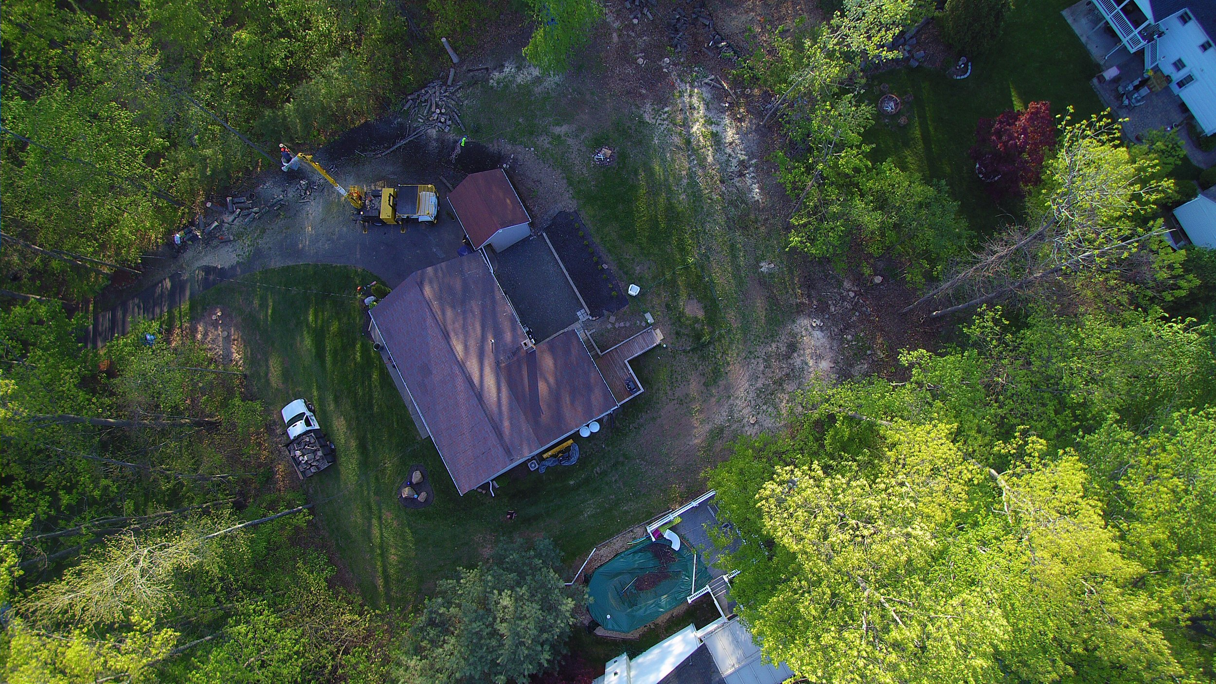 Skyworker bucket truck operation for a residential property