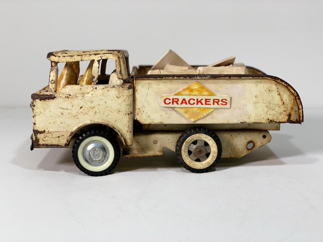 Krispycrackers7.jpg