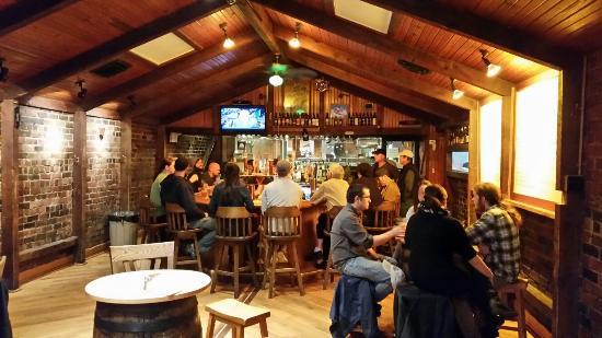 jackie-o-s-pub-brewery.jpg
