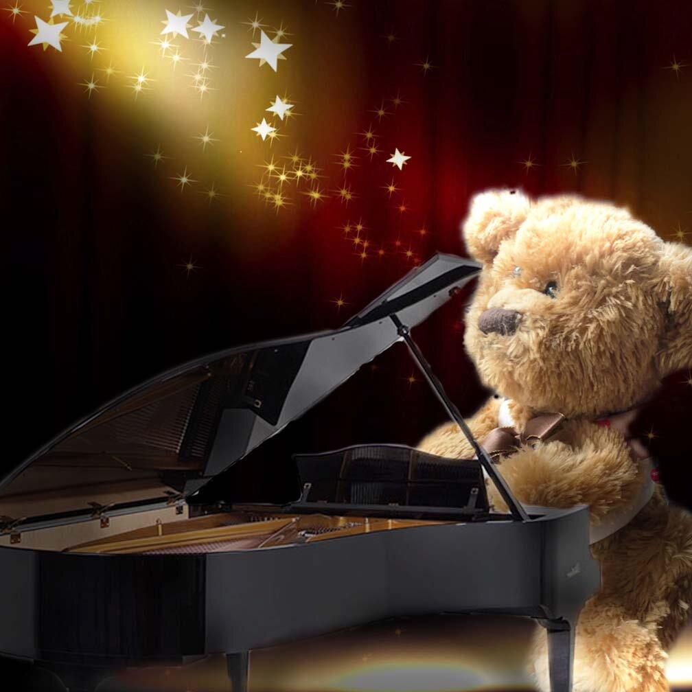piano bear.jpg