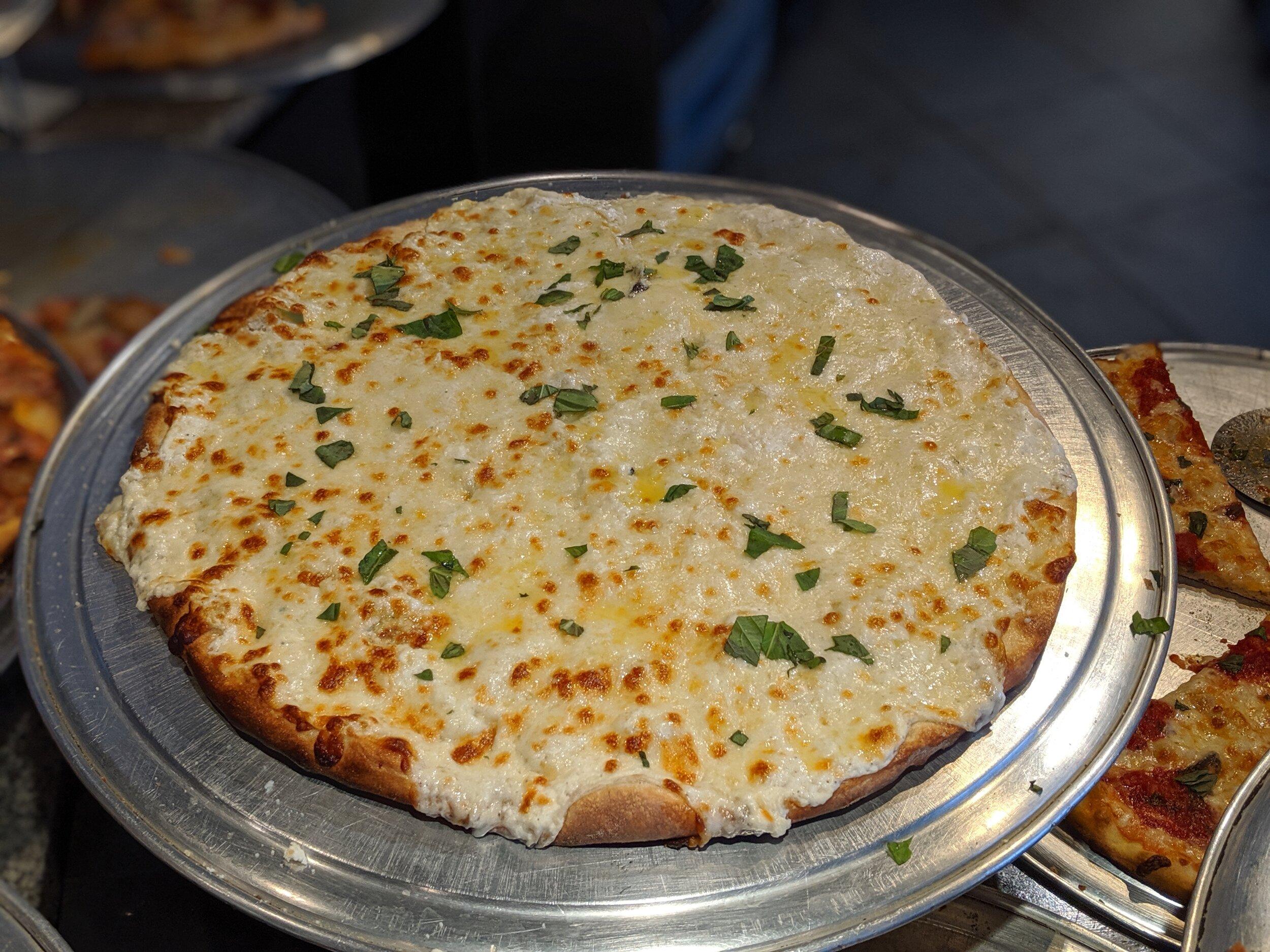 Pizza Mia - White Pie.jpg