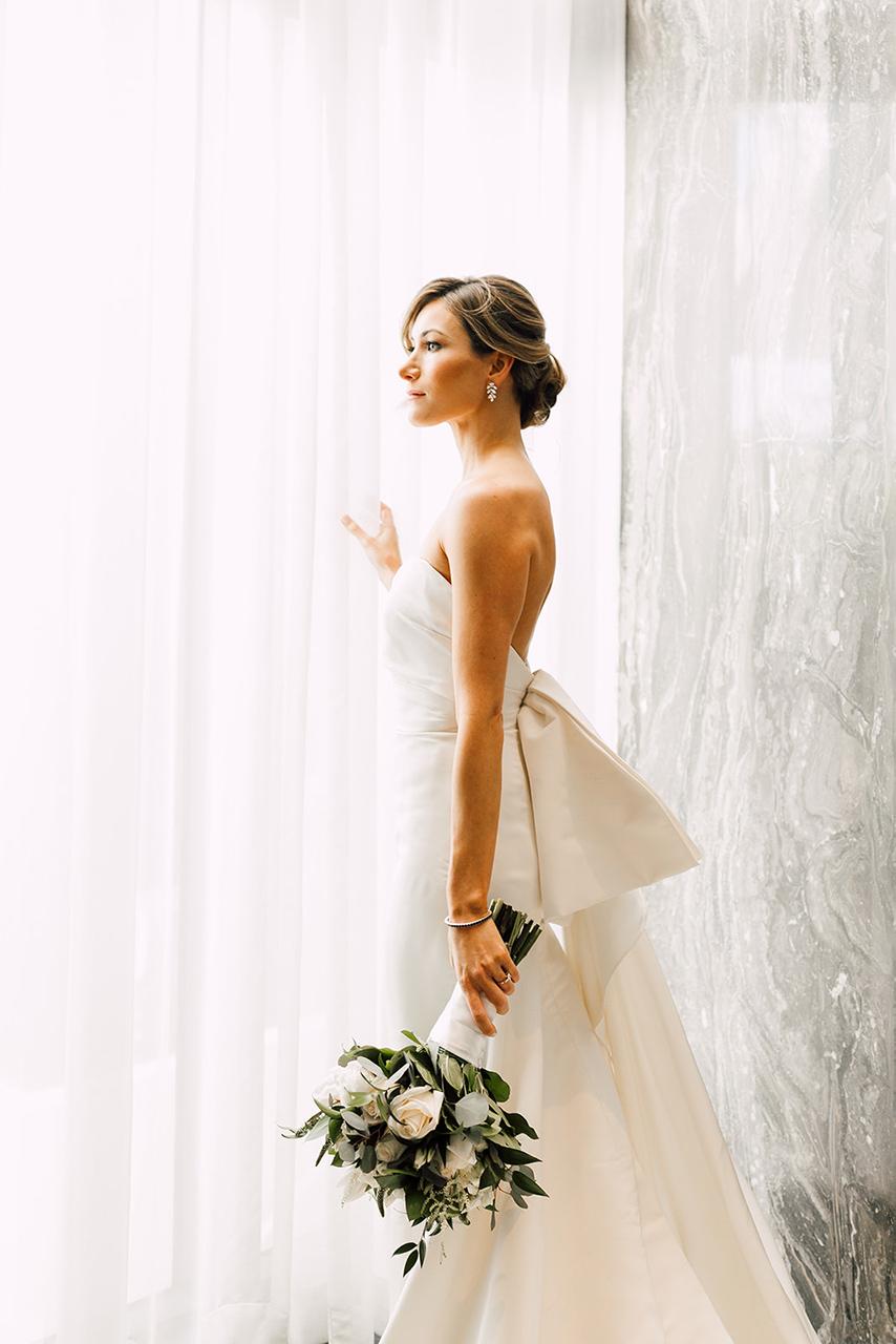 amora_beauty_studio_miami_bridal_makeup_woman_white_wedding.jpg