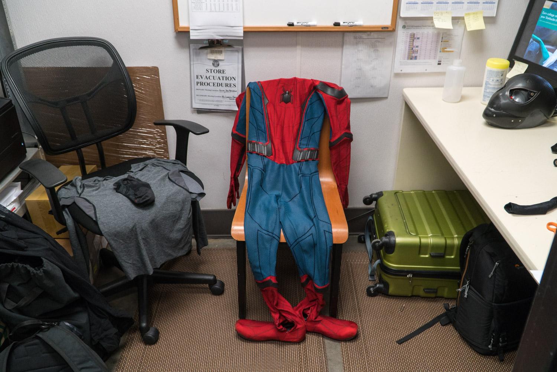 spiderman-thinkmodo-bts-copyright-emon-hassan-4.jpg