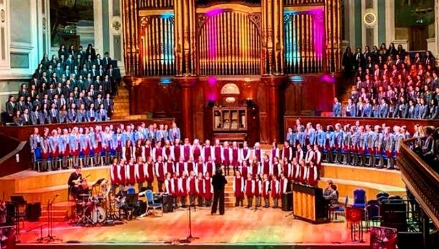Photo of the Week: We can just hear all these voices from our Spring Concert last night. Well done to all girls who performed wonderfully at Ulster Hall last night.  #iloveboarding  @bsaboarding @boardingni