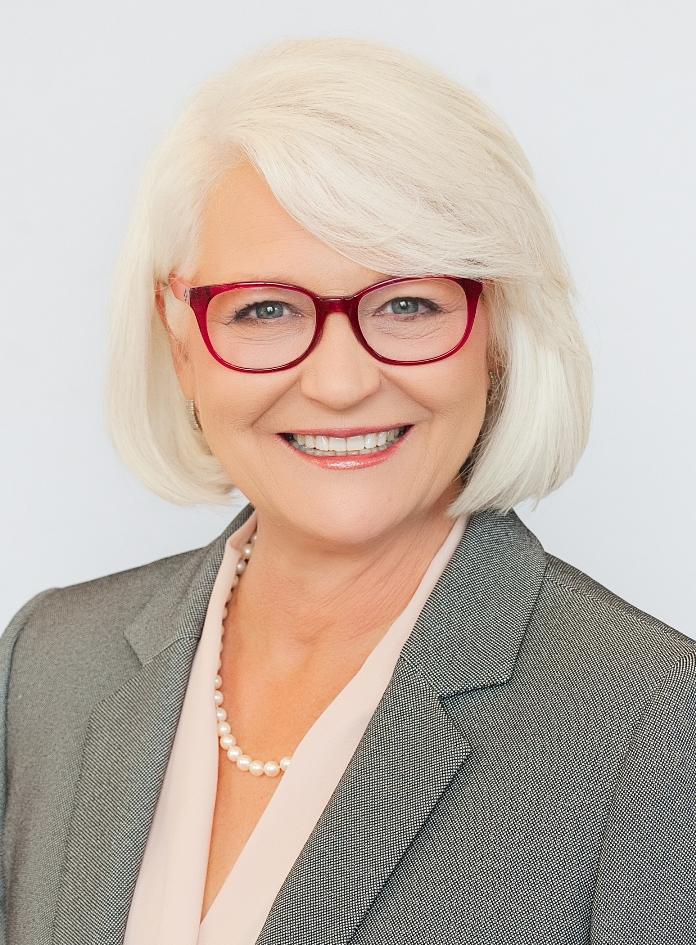 Debbie Murray.jpg