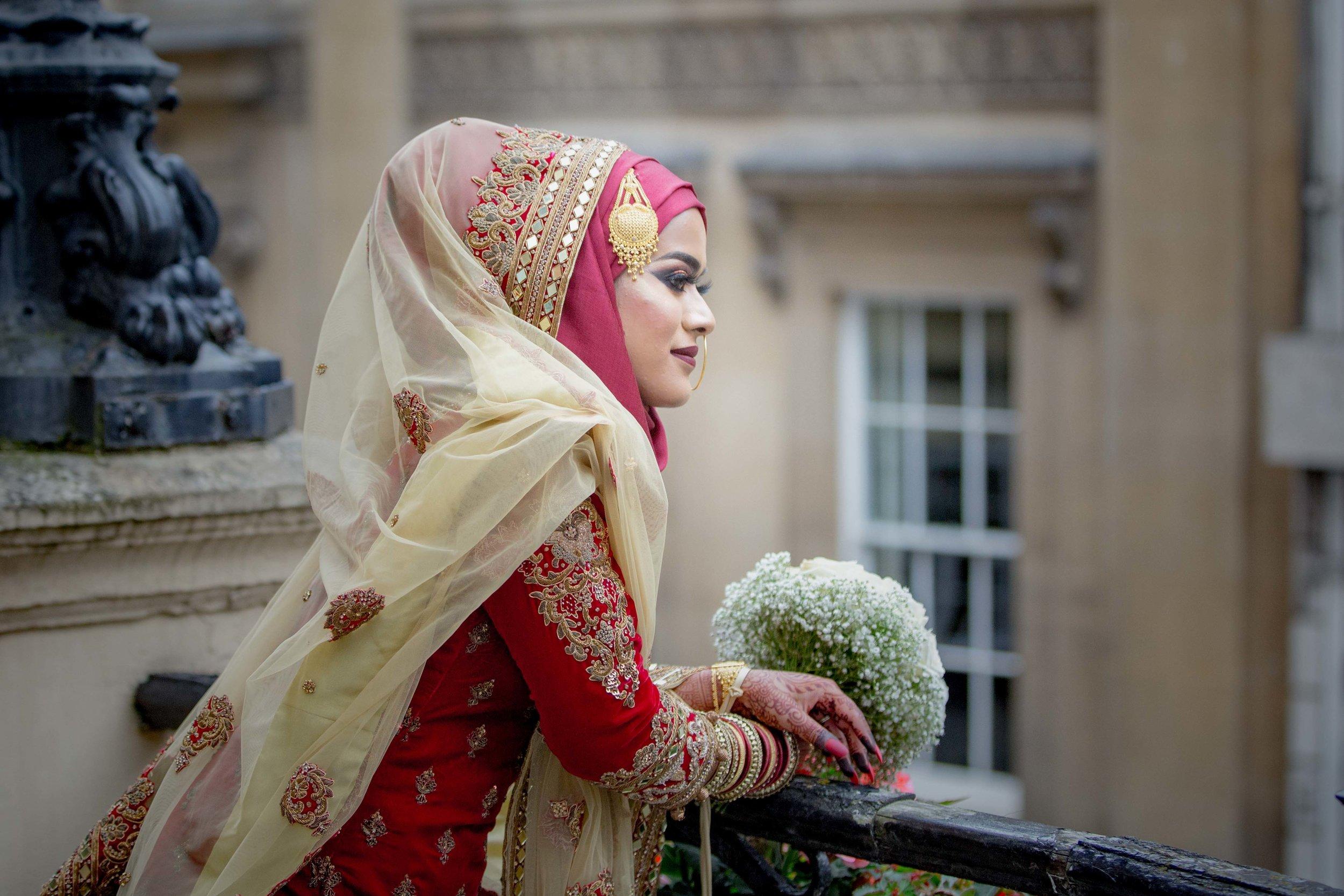 Female-wedding-photographer-bristol-mercure-bristol-grand-hotel-natalia-smith-photography-7.jpg