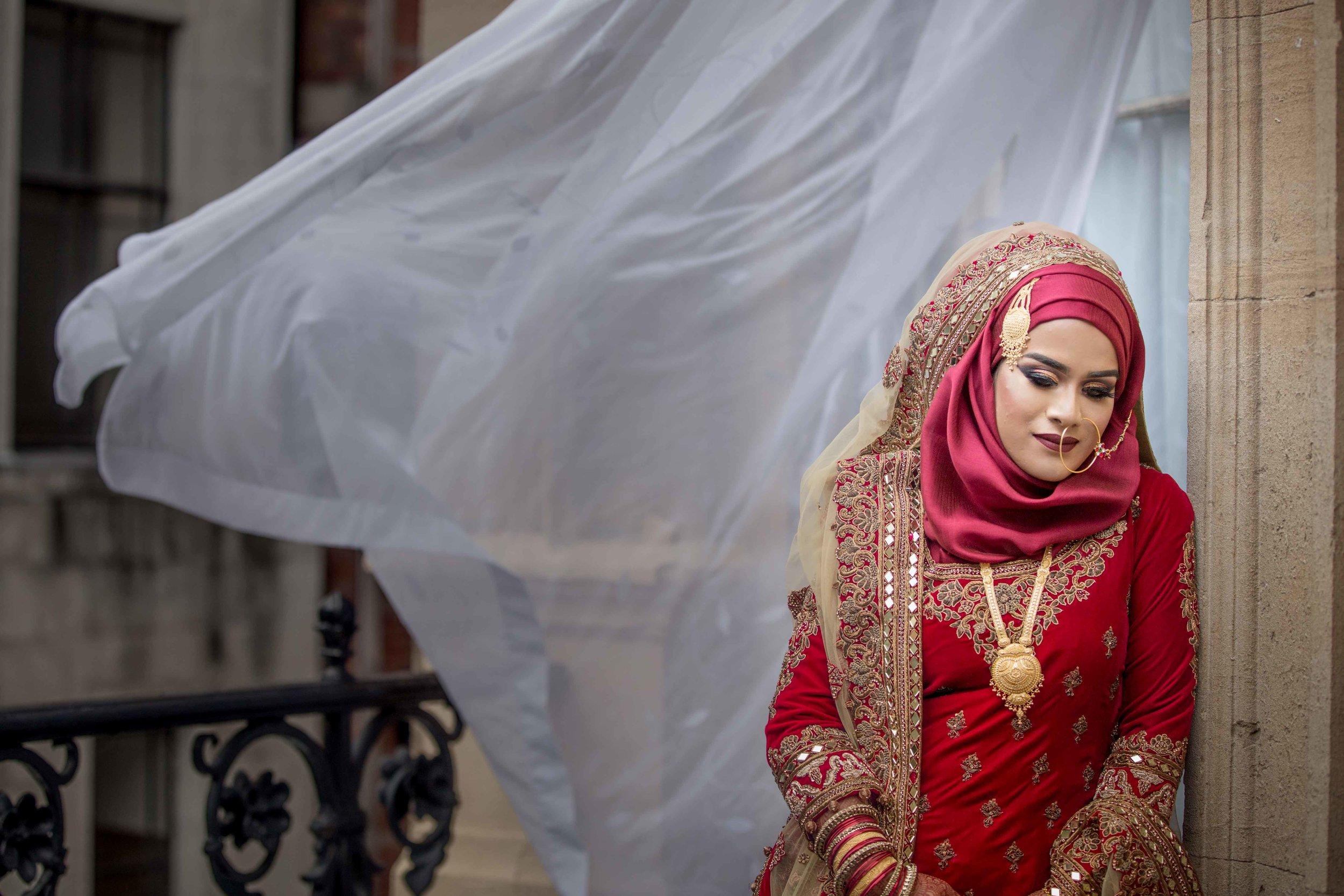Female-wedding-photographer-bristol-mercure-bristol-grand-hotel-natalia-smith-photography-10.jpg