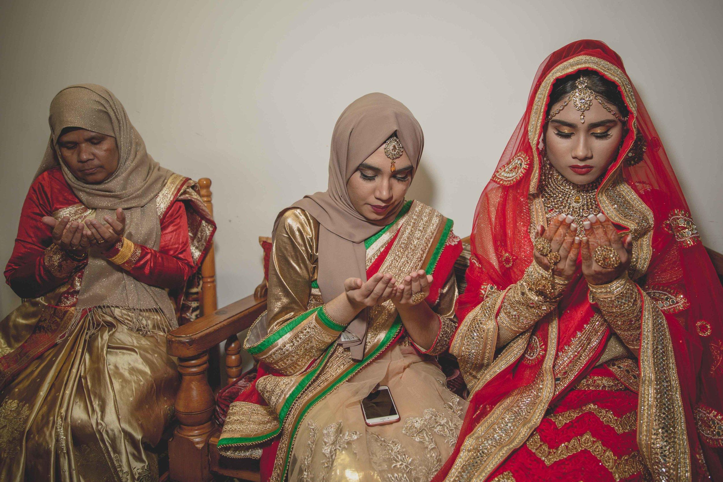 Female-wedding-photographer-birmingham-muslim-wedding-natalia-smith-photography-12.jpg