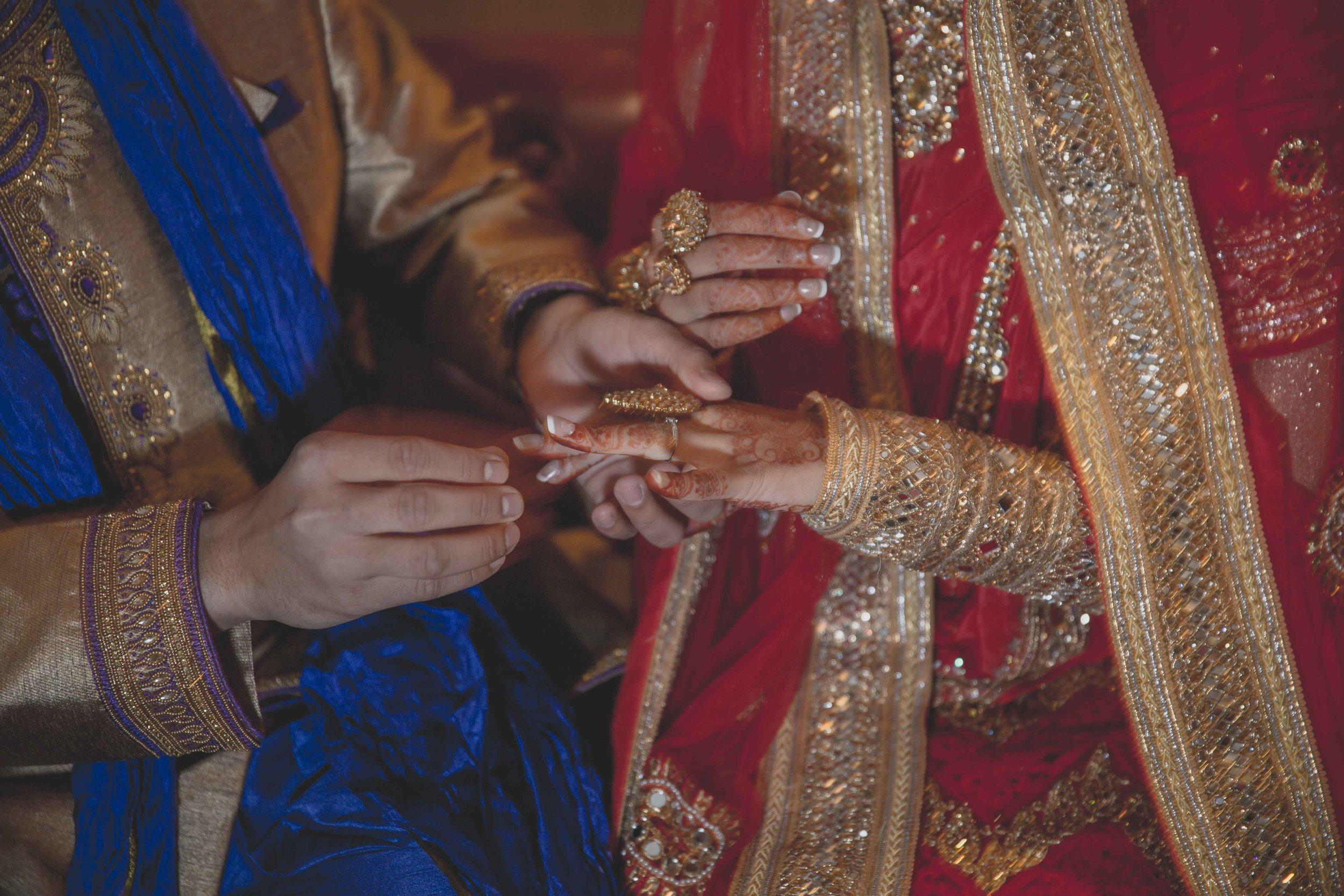 Female-wedding-photographer-birmingham-muslim-wedding-natalia-smith-photography-16.jpg