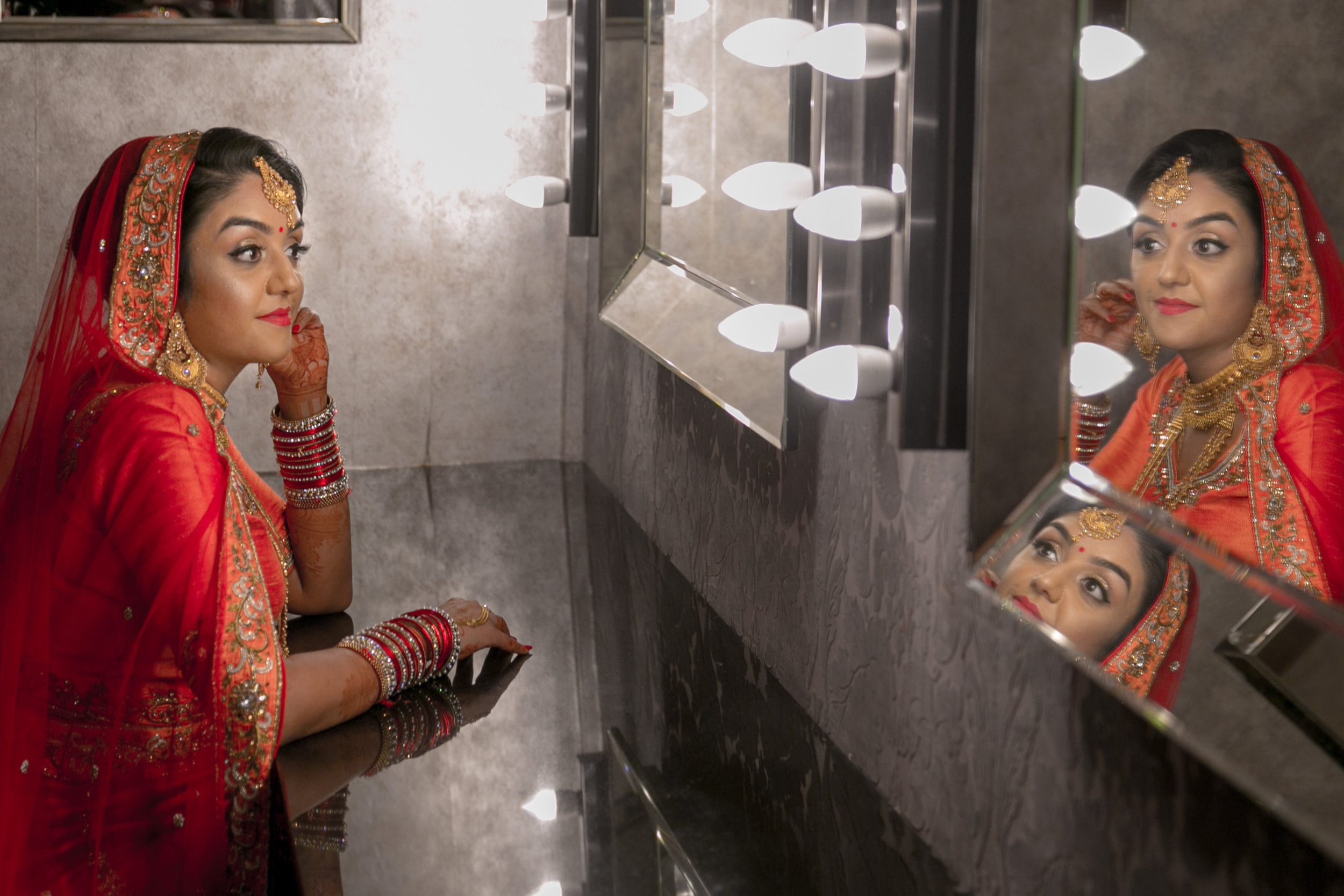 premier-banquetting-london-Hindu-asian-wedding-photographer-natalia-smith-photography-5.jpg