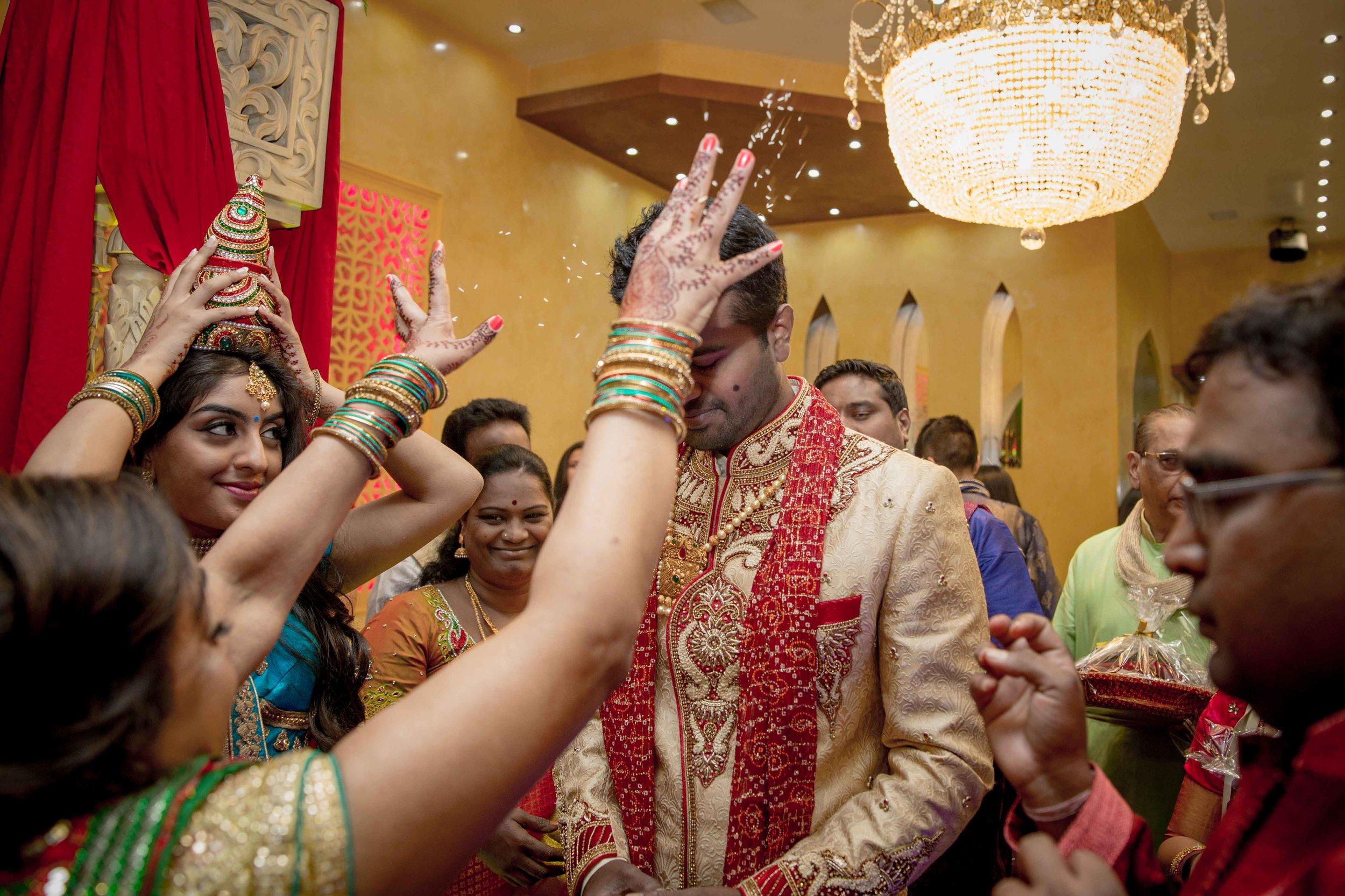premier-banquetting-london-Hindu-asian-wedding-photographer-natalia-smith-photography-9.jpg