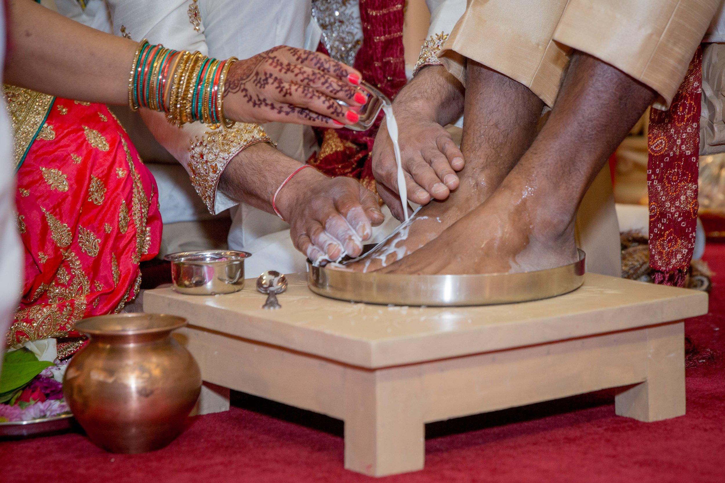 premier-banquetting-london-Hindu-asian-wedding-photographer-natalia-smith-photography-12.jpg