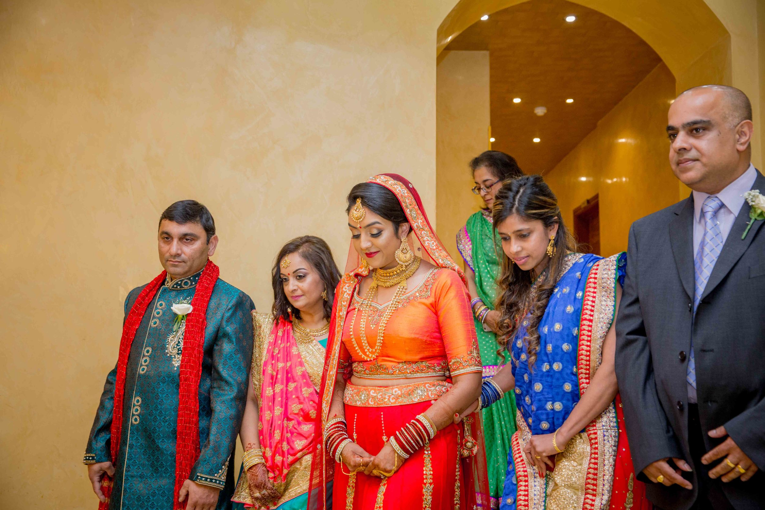 premier-banquetting-london-Hindu-asian-wedding-photographer-natalia-smith-photography-16.jpg