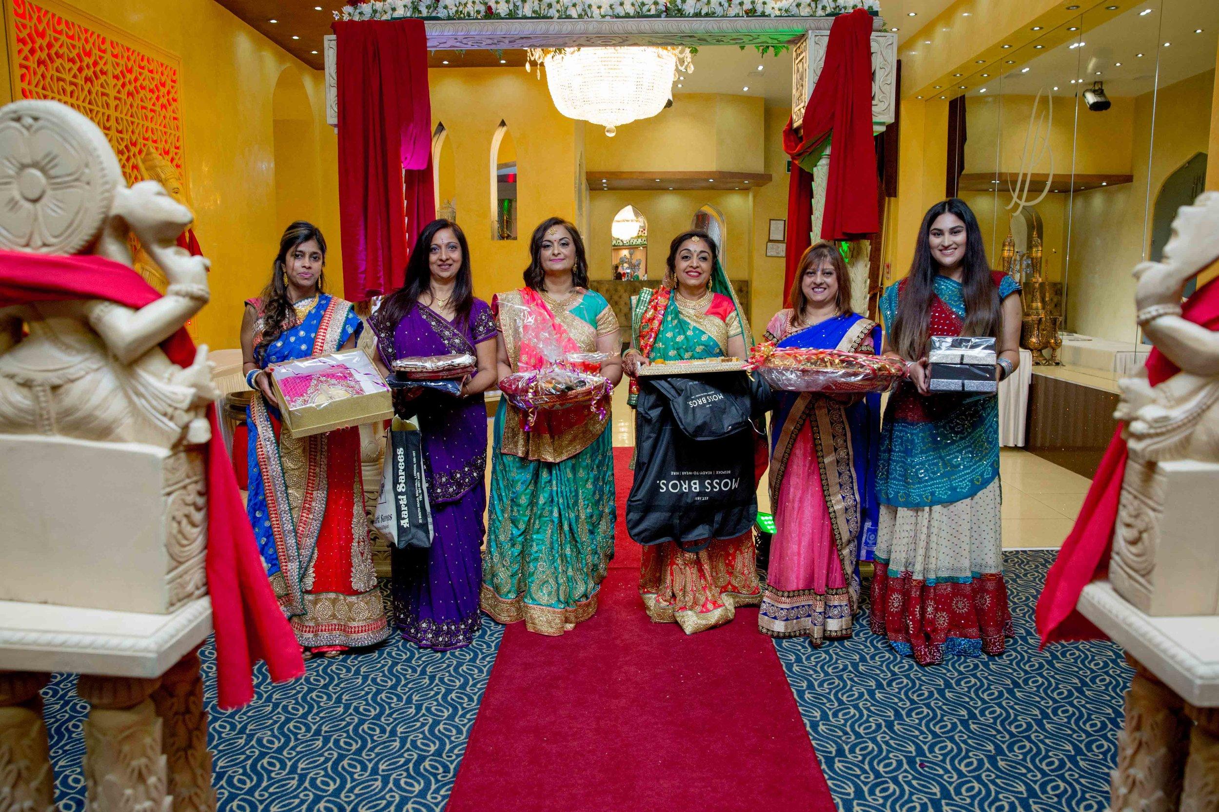 premier-banquetting-london-Hindu-asian-wedding-photographer-natalia-smith-photography-23.jpg