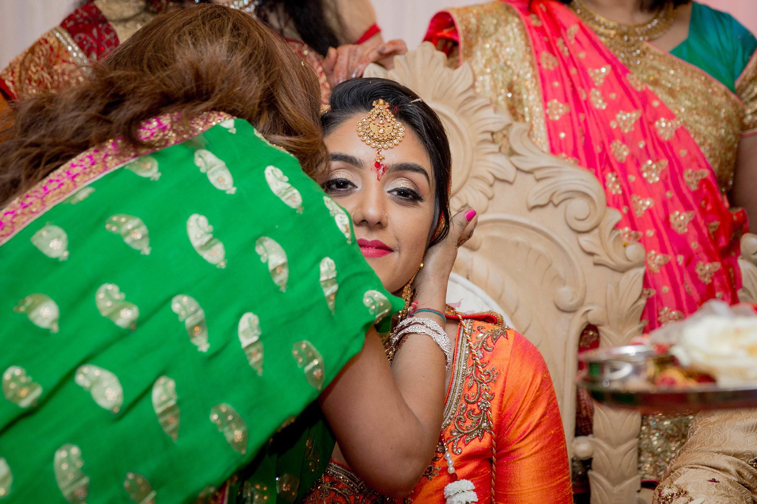 premier-banquetting-london-Hindu-asian-wedding-photographer-natalia-smith-photography-30.jpg