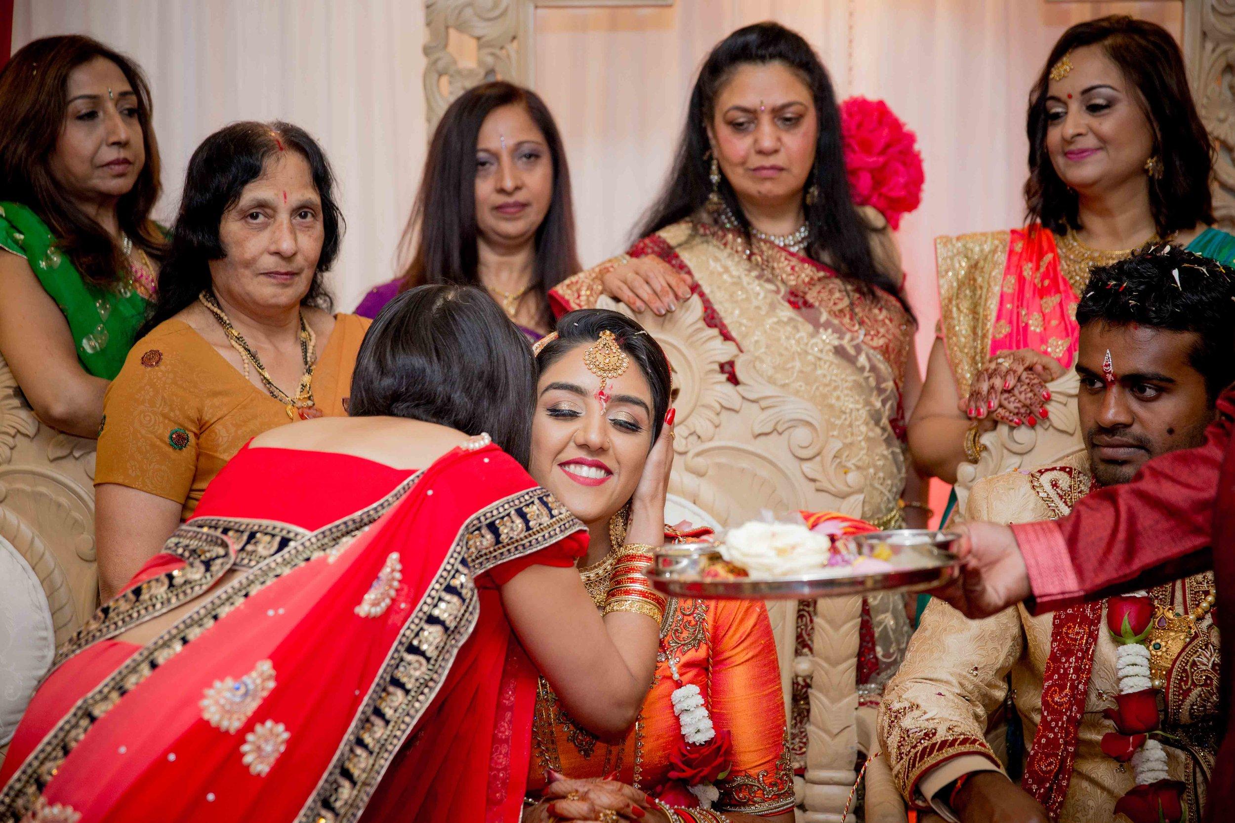 premier-banquetting-london-Hindu-asian-wedding-photographer-natalia-smith-photography-31.jpg