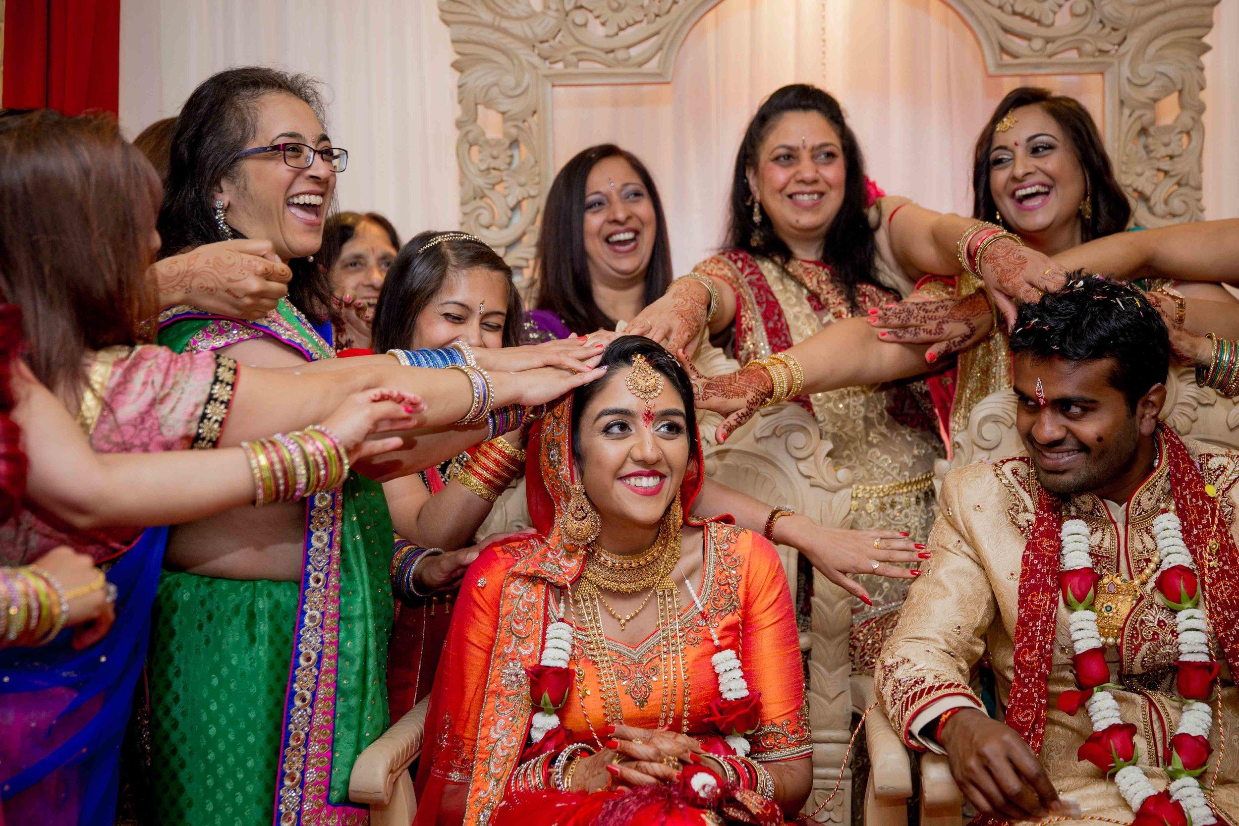 premier-banquetting-london-Hindu-asian-wedding-photographer-natalia-smith-photography-32.jpg