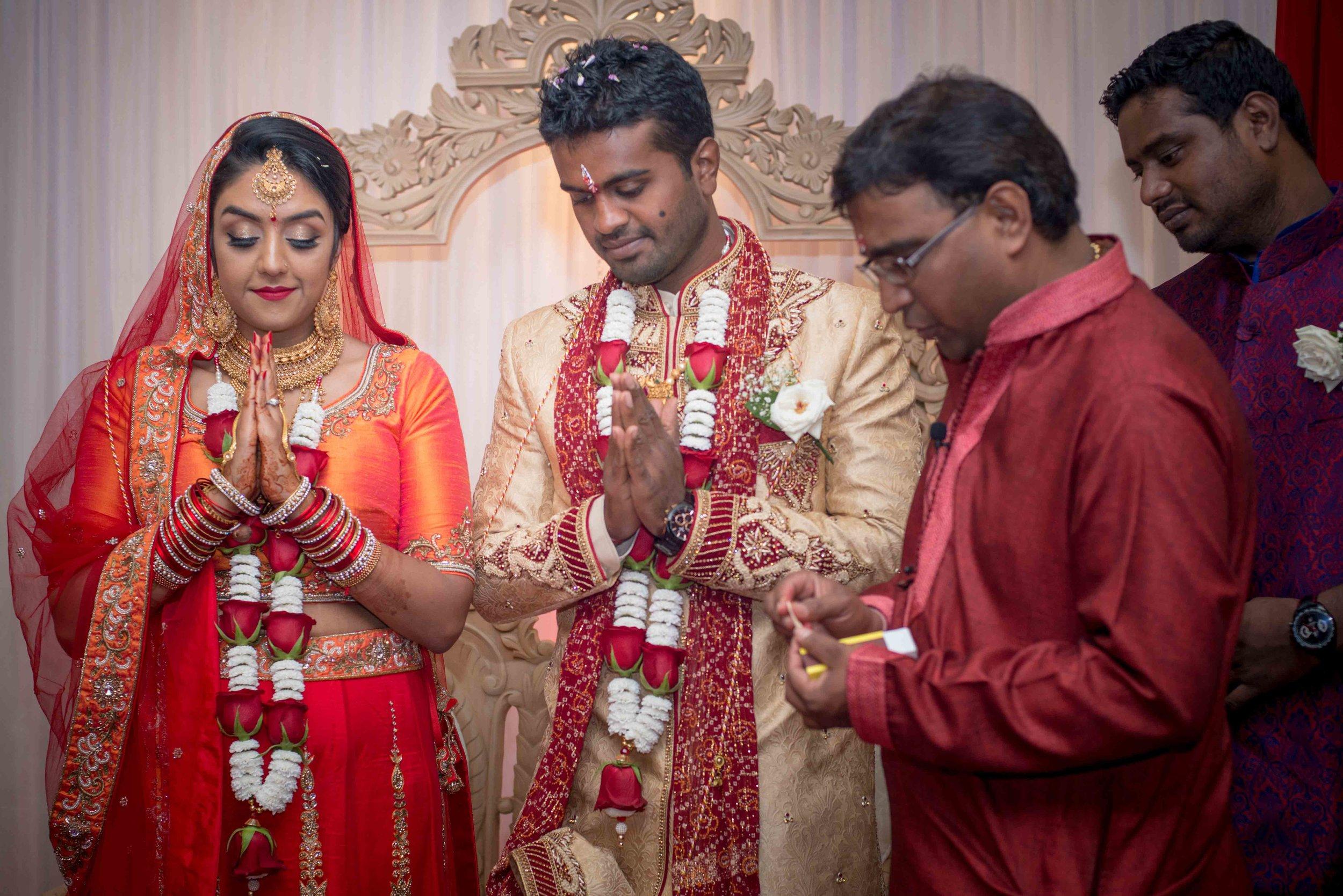premier-banquetting-london-Hindu-asian-wedding-photographer-natalia-smith-photography-33.jpg
