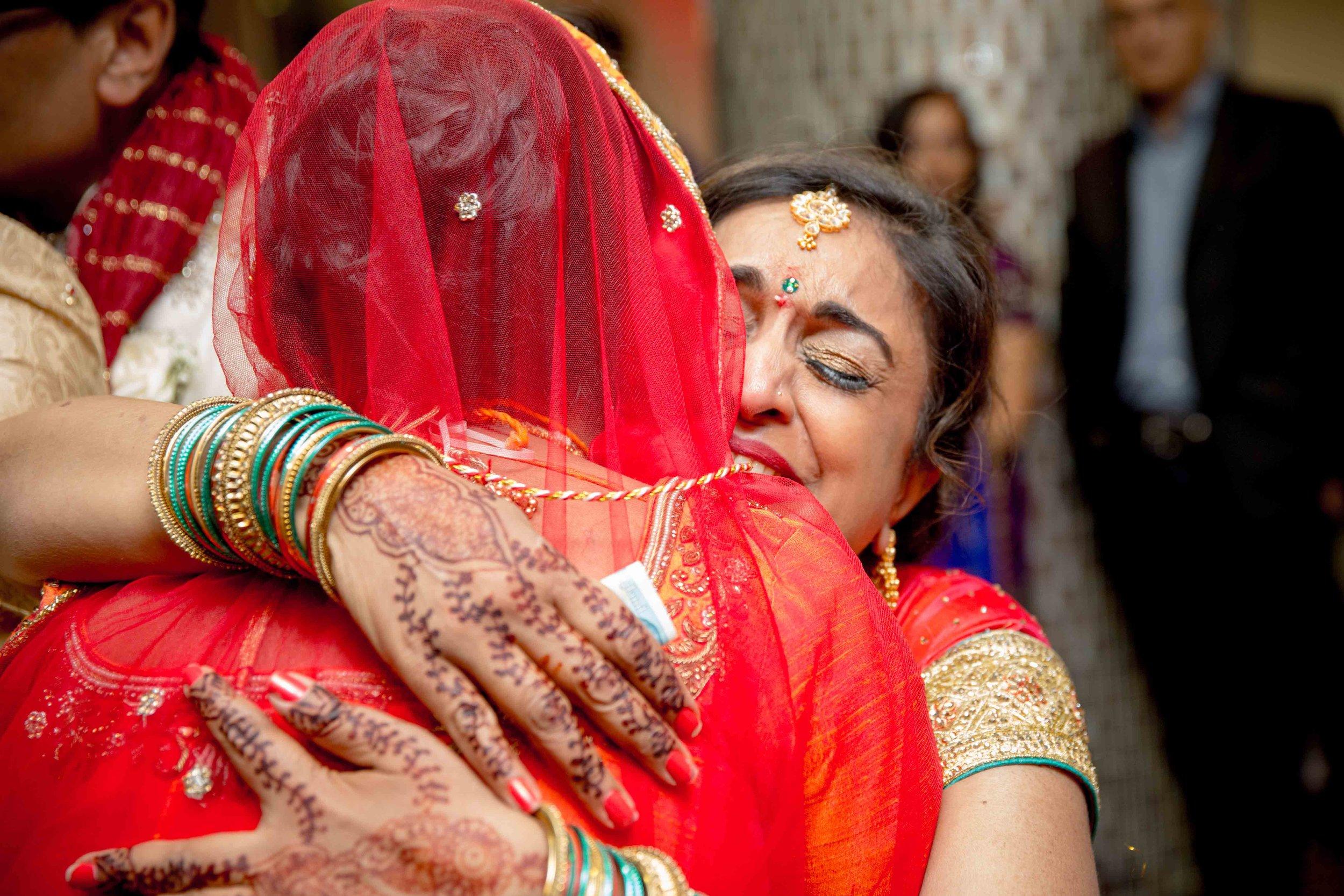 premier-banquetting-london-Hindu-asian-wedding-photographer-natalia-smith-photography-42.jpg