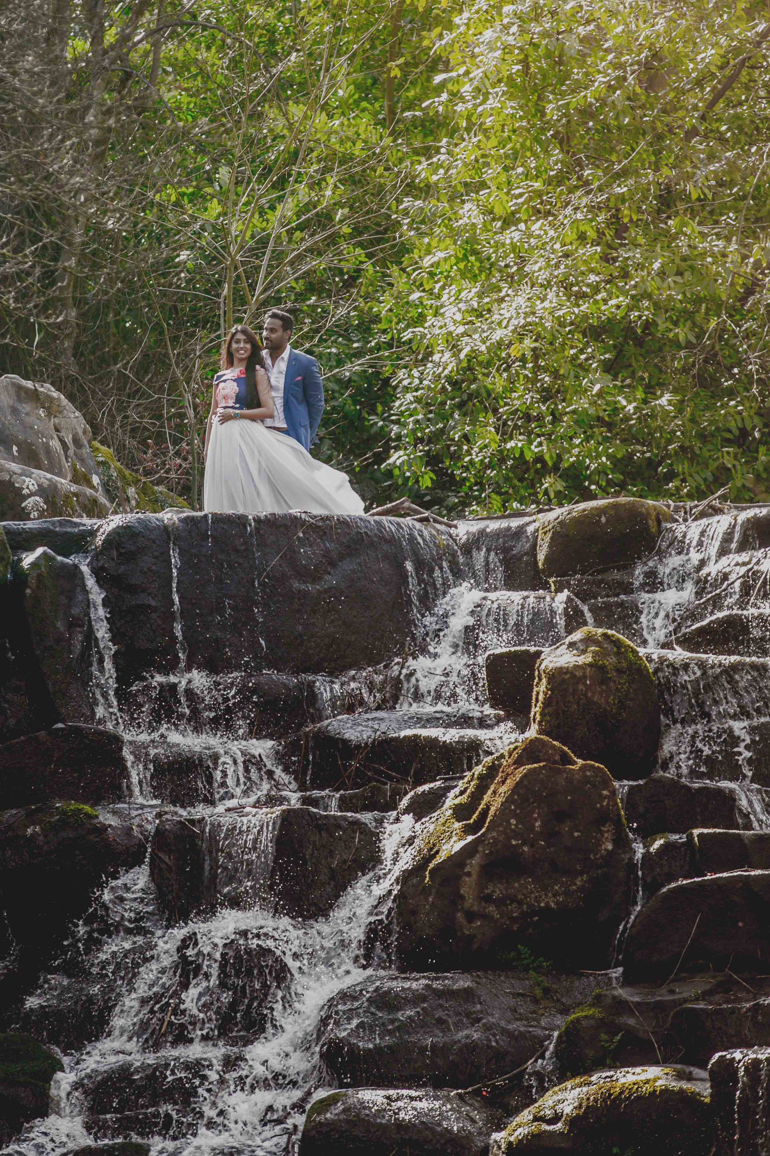 Virginia-waters-windsor-pre-wedding-waterfall-engagement-shoot-female-asian-wedding-photographer-natalia-smith-photography-8.jpg