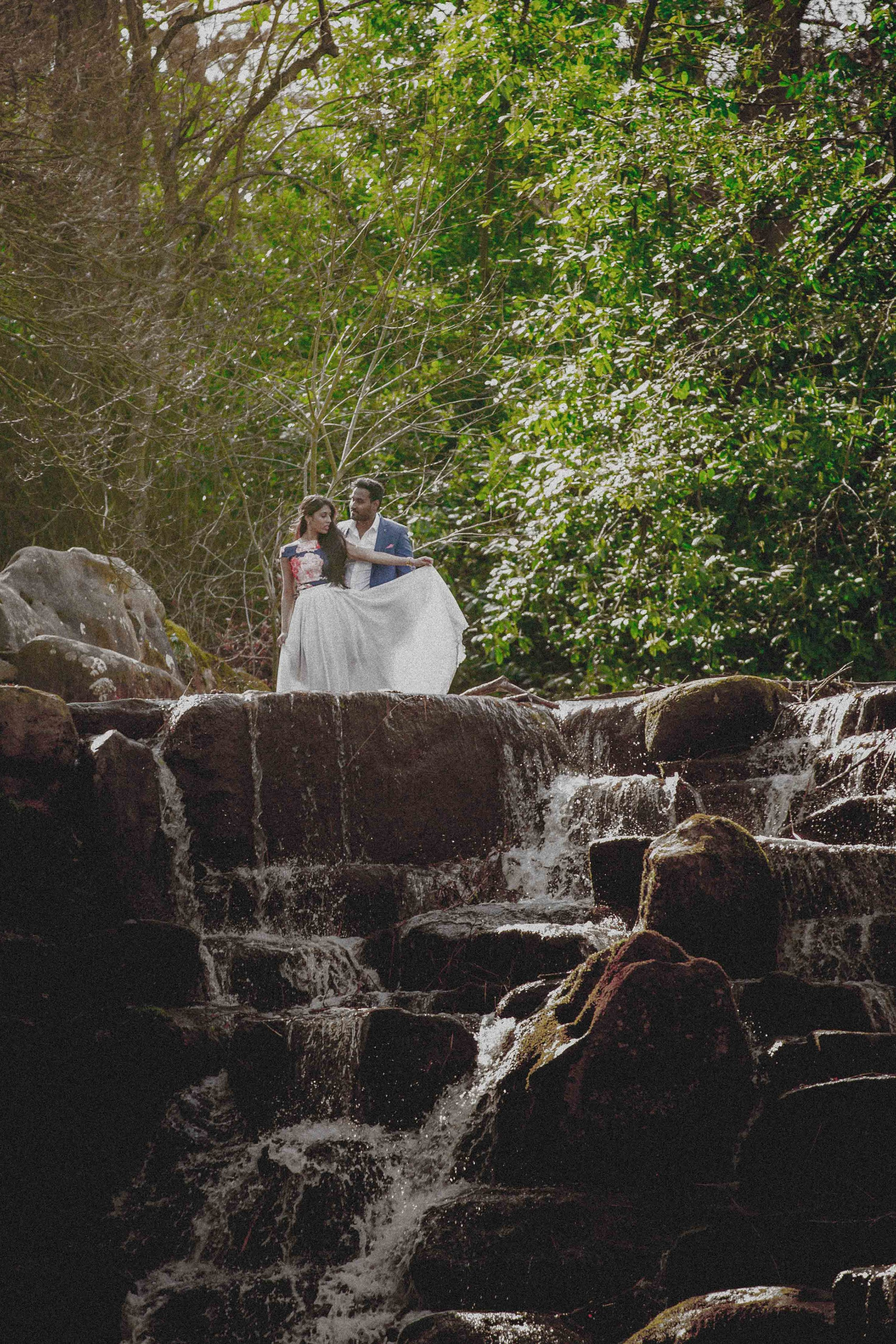 Virginia-waters-windsor-waterfall-pre-wedding-engagement-shoot-female-asian-wedding-photographer-natalia-smith-photography-7.jpg