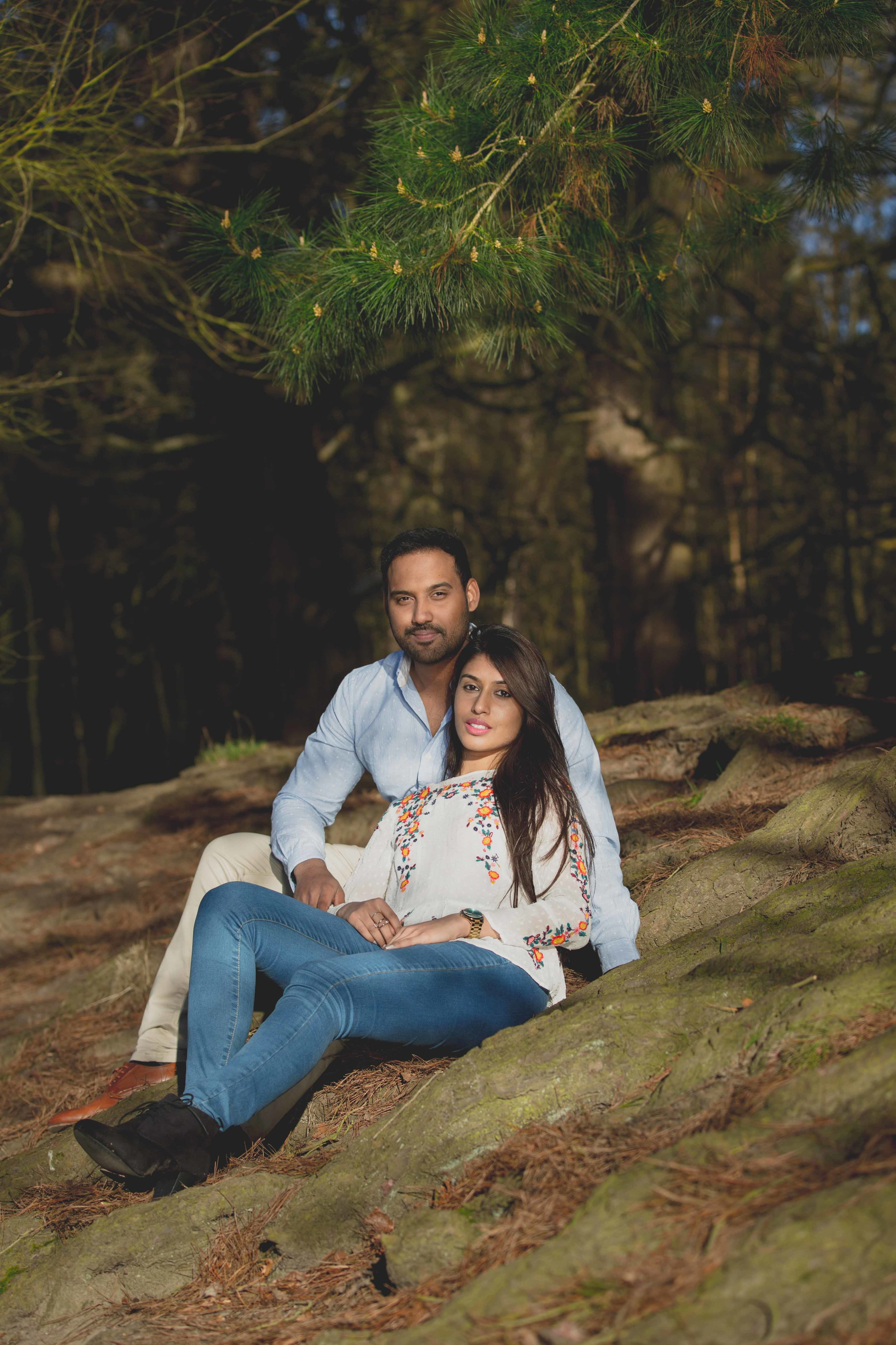 Virginia-waters-windsor-pre-wedding-engagement-shoot-female-asian-wedding-photographer-natalia-smith-photography-19.jpg
