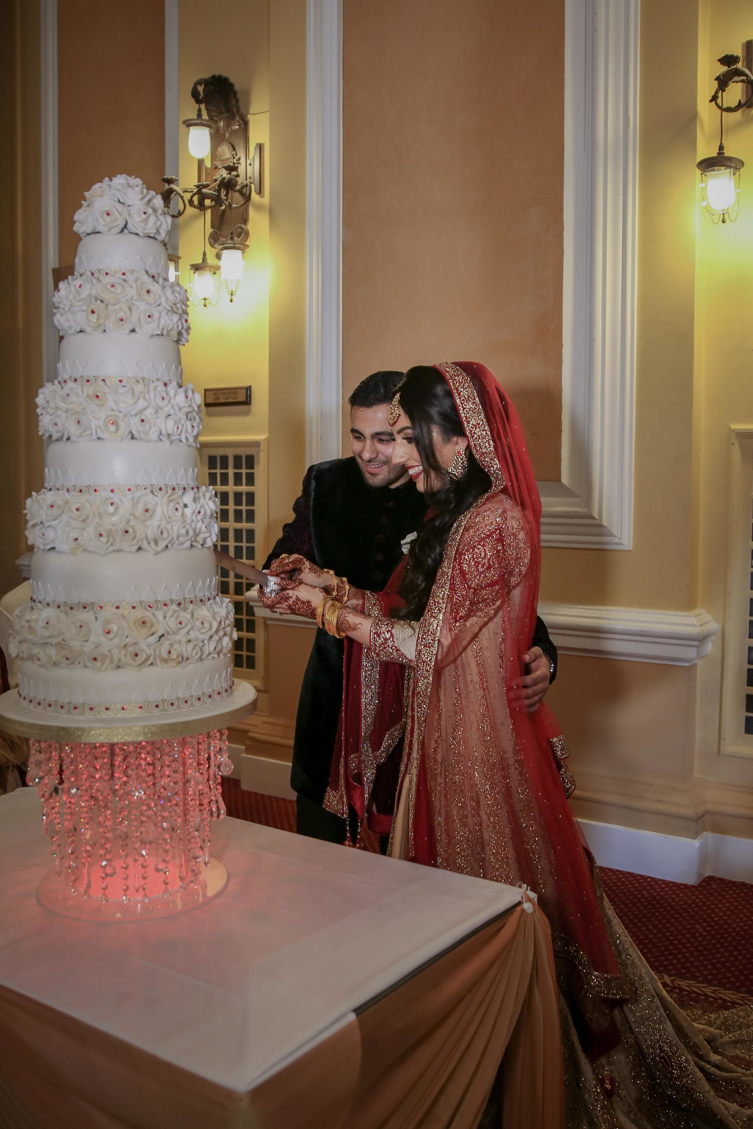 Female-asian-wedding-photographer-Cardiff-City-Hall-natalia-smith-photography-42.jpg