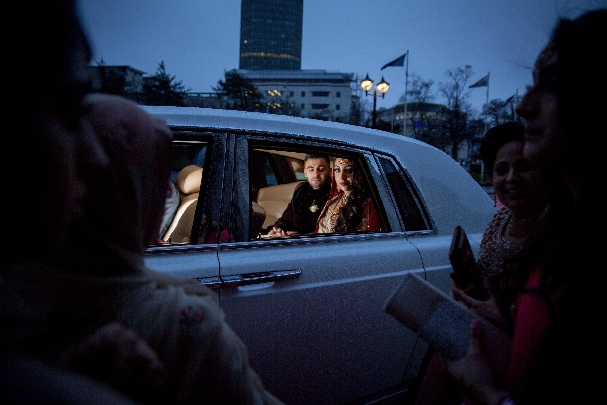 Female-asian-wedding-photographer-Cardiff-City-Hall-natalia-smith-photography-51.jpg