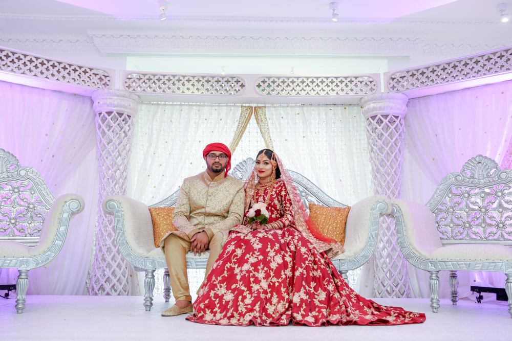 Female-asian-wedding-photographer-London-Ariana-Gardens-natalia-smith-photography-bengali-couple-27.jpg
