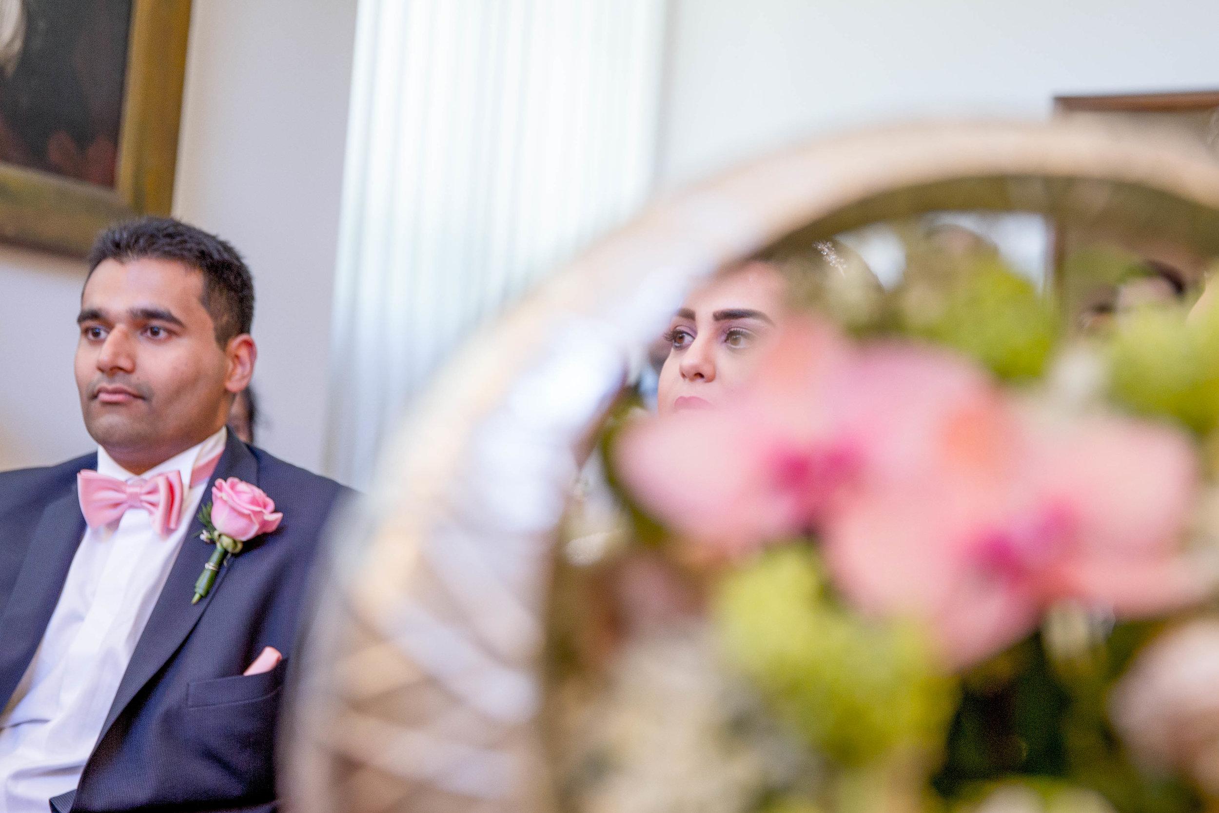 parc-des-eaux-vives-destination-wedding-photographer-geneva-switzerland-natalia-smith-photography-14.jpg