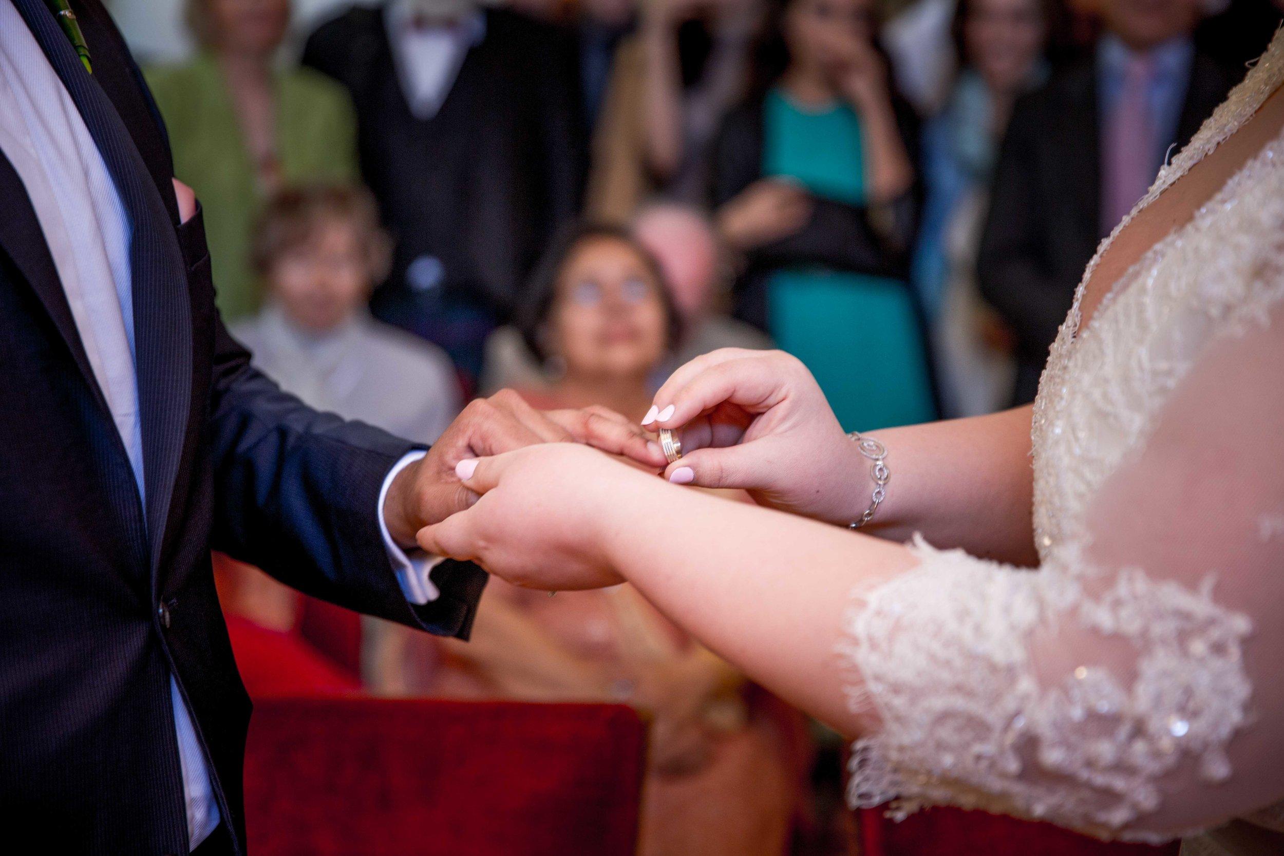parc-des-eaux-vives-destination-wedding-photographer-geneva-switzerland-natalia-smith-photography-17.jpg