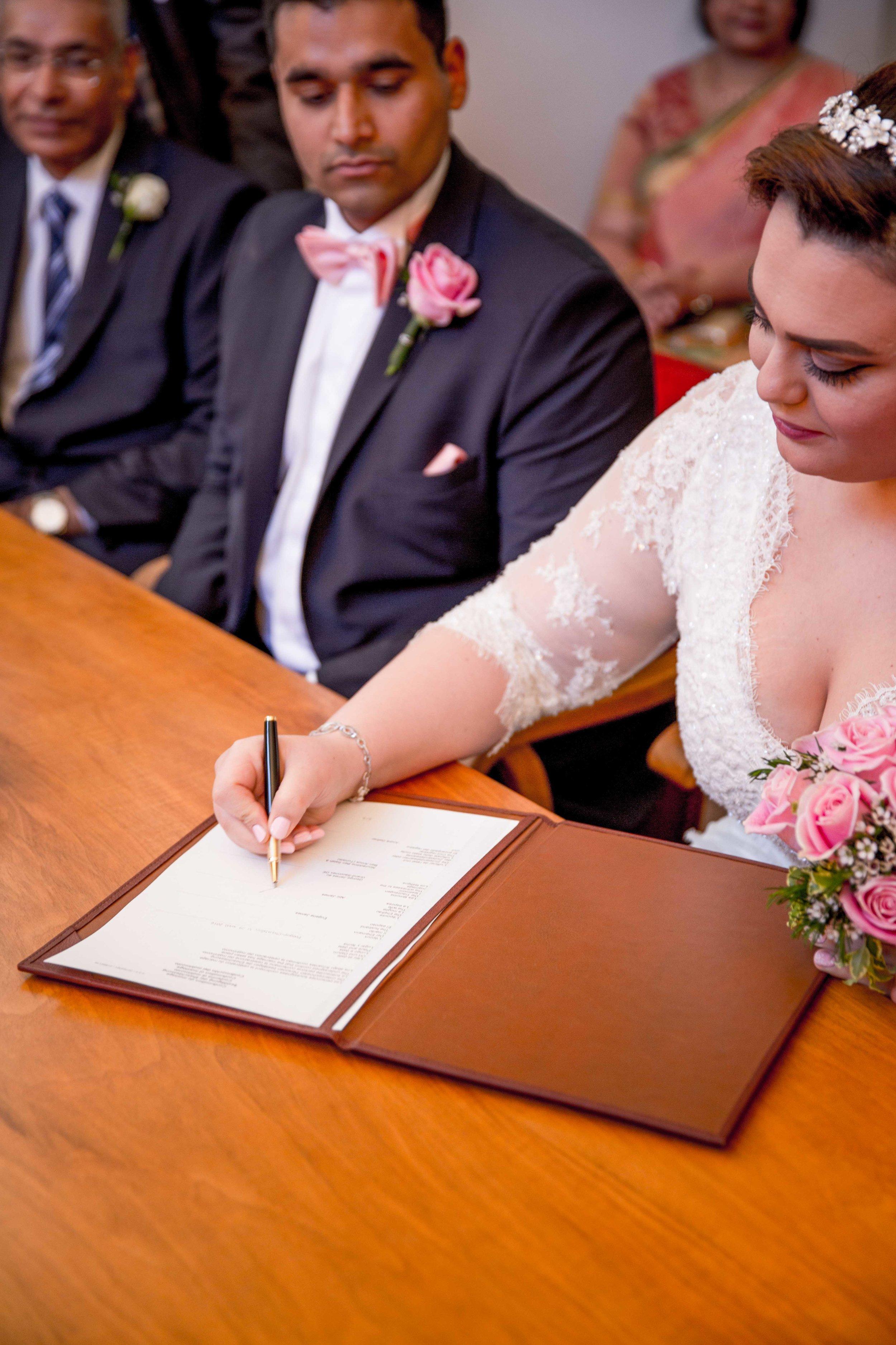 parc-des-eaux-vives-destination-wedding-photographer-geneva-switzerland-natalia-smith-photography-25.jpg